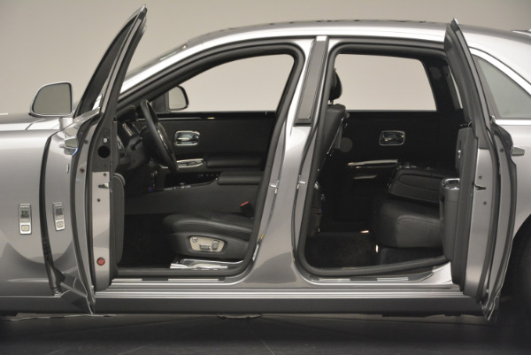 Used 2012 Rolls-Royce Ghost for sale Sold at McLaren Greenwich in Greenwich CT 06830 4
