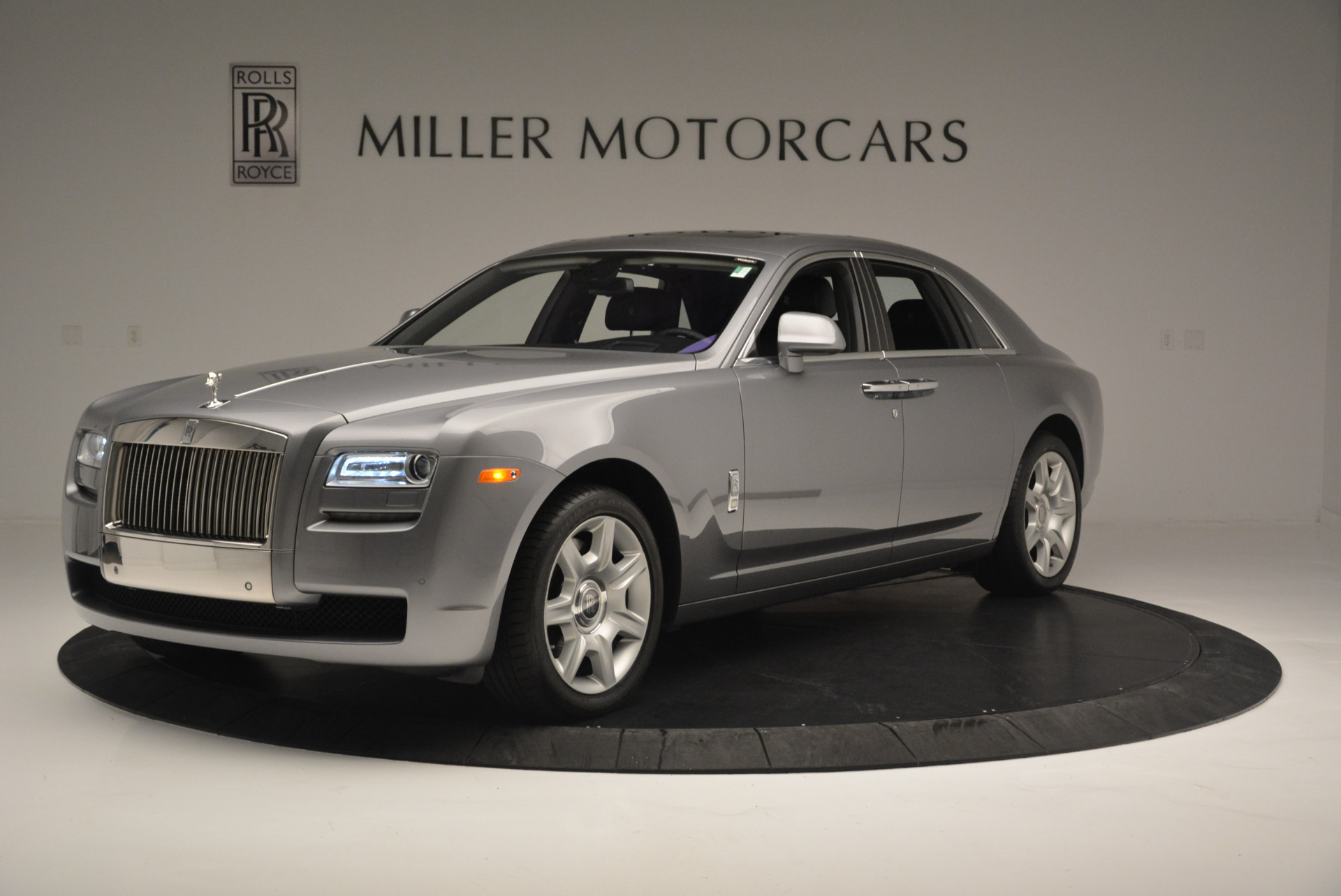 Used 2012 Rolls-Royce Ghost for sale Sold at McLaren Greenwich in Greenwich CT 06830 1