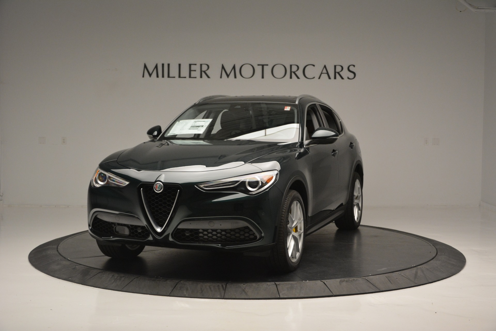 New 2018 Alfa Romeo Stelvio Ti Lusso Q4 for sale Sold at McLaren Greenwich in Greenwich CT 06830 1