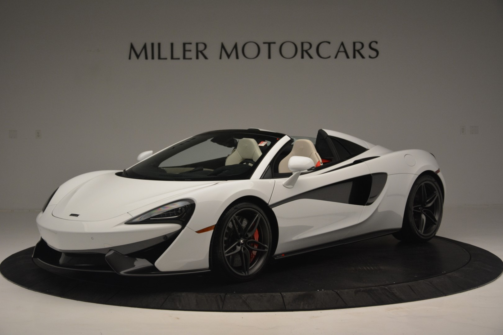 New 2019 McLaren 570S Spider Convertible for sale Sold at McLaren Greenwich in Greenwich CT 06830 1