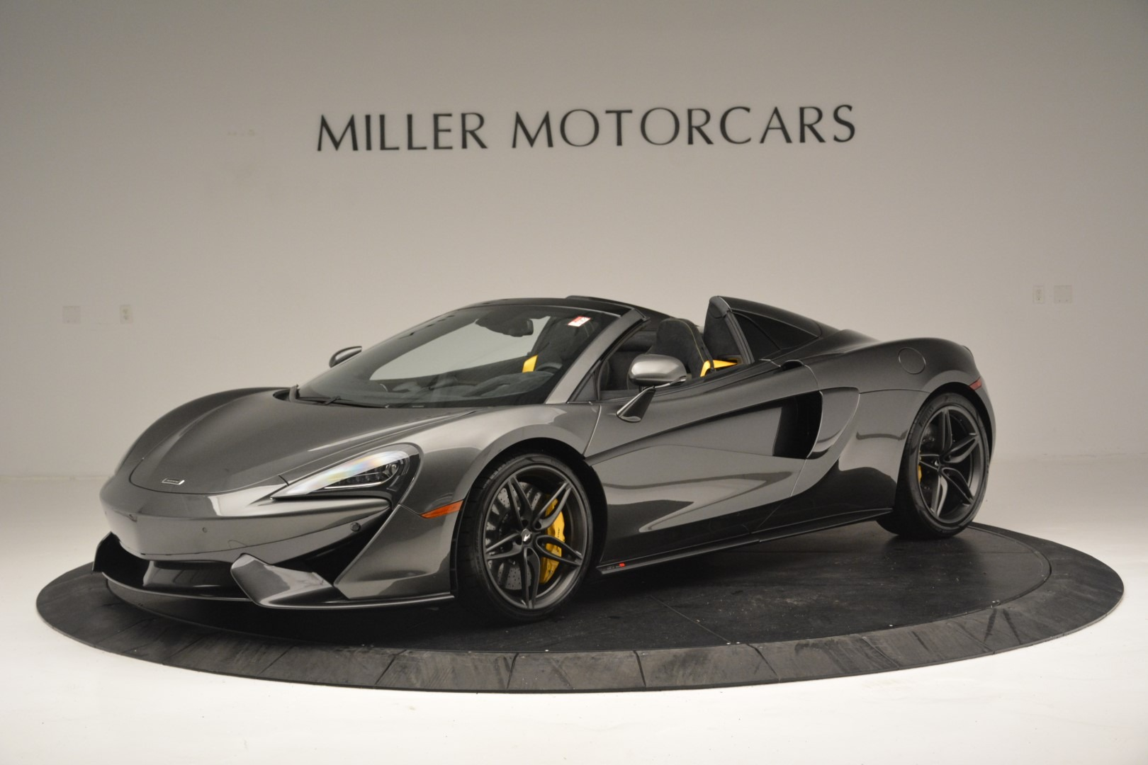 Used 2019 McLaren 570S Spider Convertible for sale $189,990 at McLaren Greenwich in Greenwich CT 06830 1