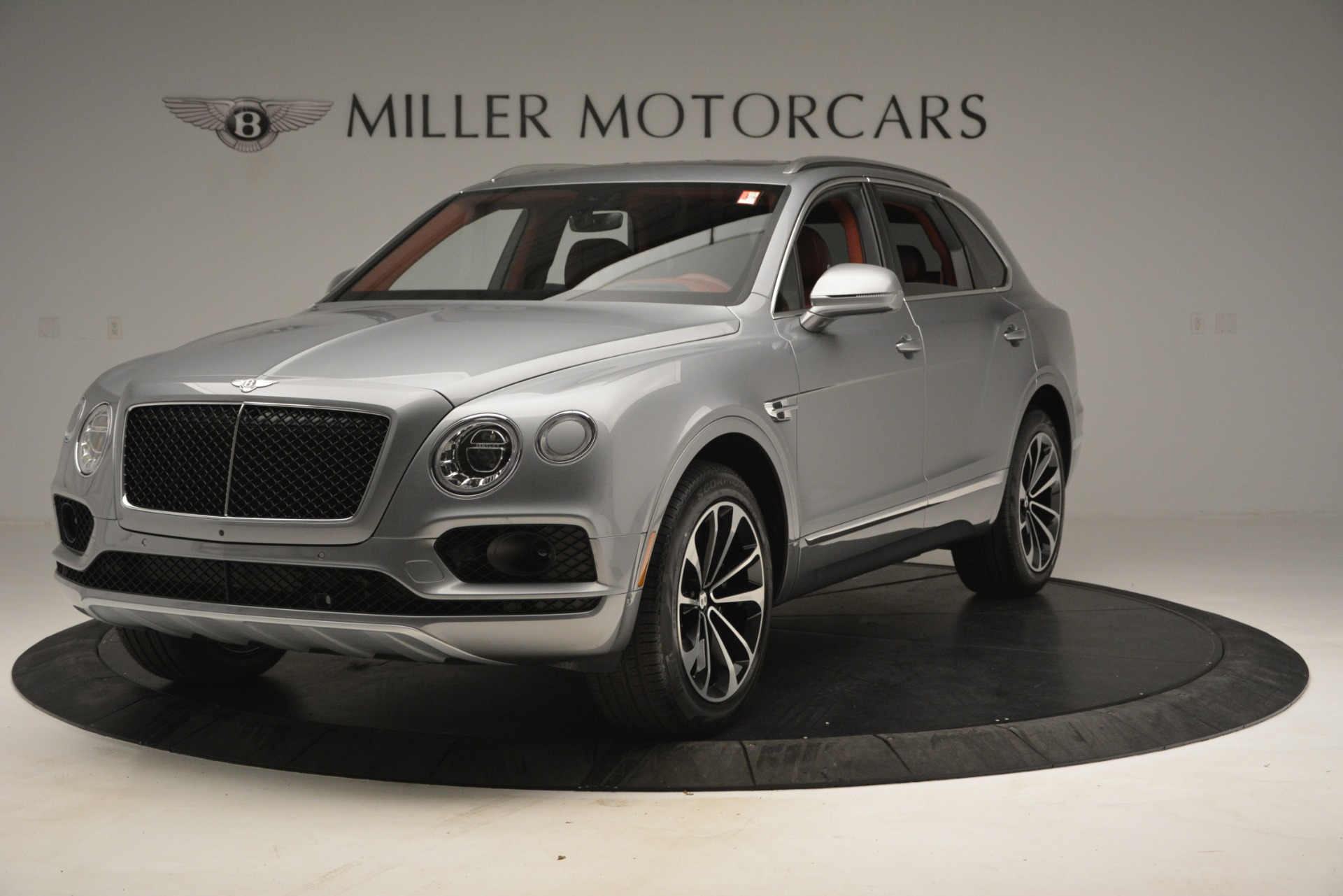 Used 2019 Bentley Bentayga V8 for sale $149,900 at McLaren Greenwich in Greenwich CT 06830 1