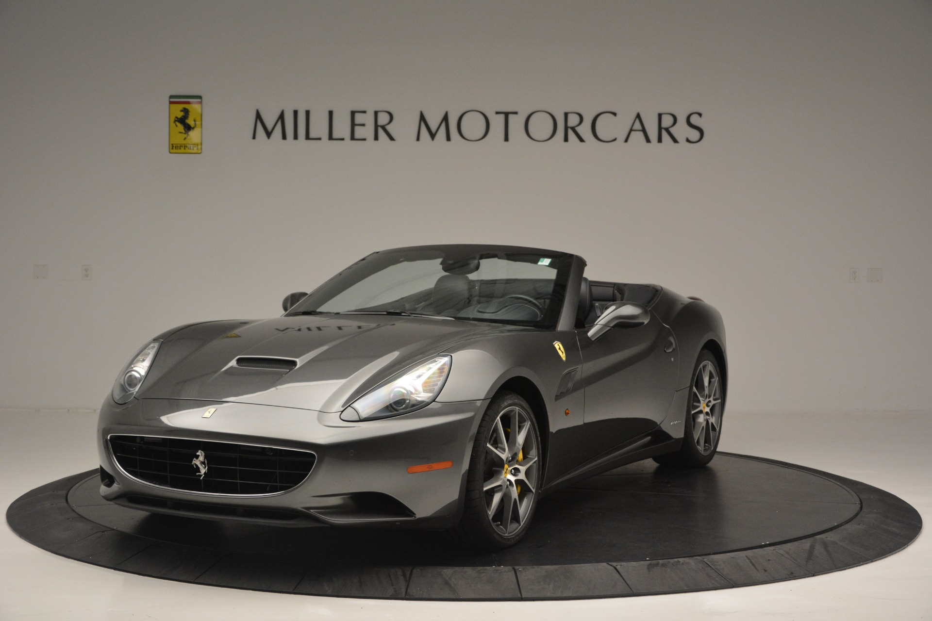Used 2013 Ferrari California 30 for sale $113,900 at McLaren Greenwich in Greenwich CT 06830 1