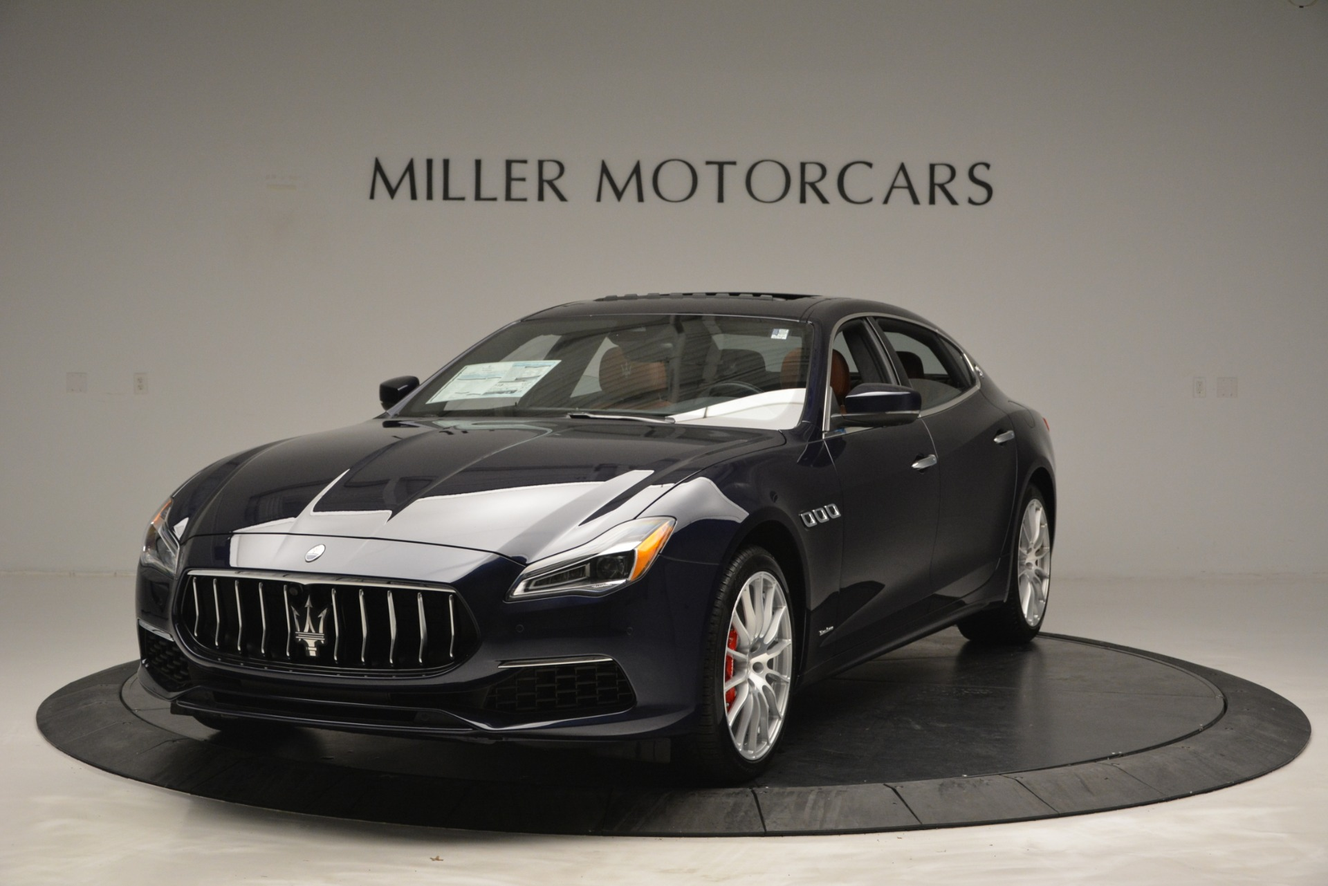 New 2019 Maserati Quattroporte S Q4 GranLusso for sale Sold at McLaren Greenwich in Greenwich CT 06830 1