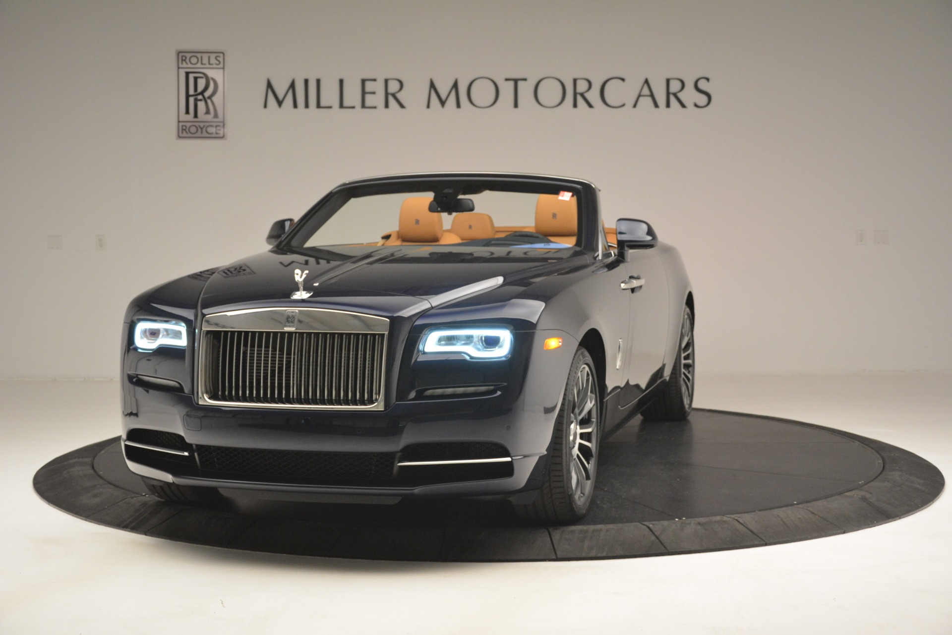 New 2019 Rolls-Royce Dawn for sale Sold at McLaren Greenwich in Greenwich CT 06830 1