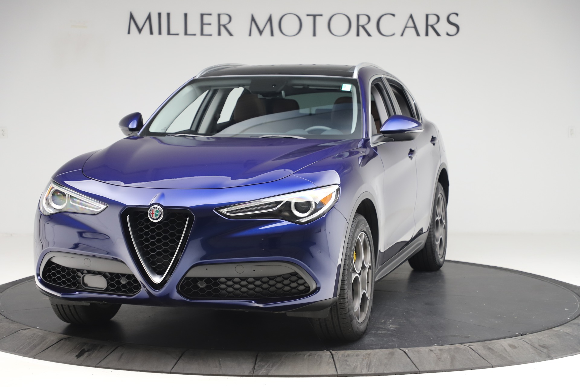 Used 2019 Alfa Romeo Stelvio Q4 for sale Sold at McLaren Greenwich in Greenwich CT 06830 1