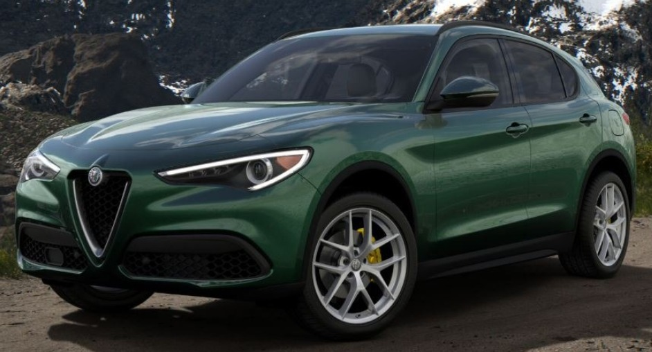 New 2019 Alfa Romeo Stelvio Ti Lusso Q4 for sale Sold at McLaren Greenwich in Greenwich CT 06830 1