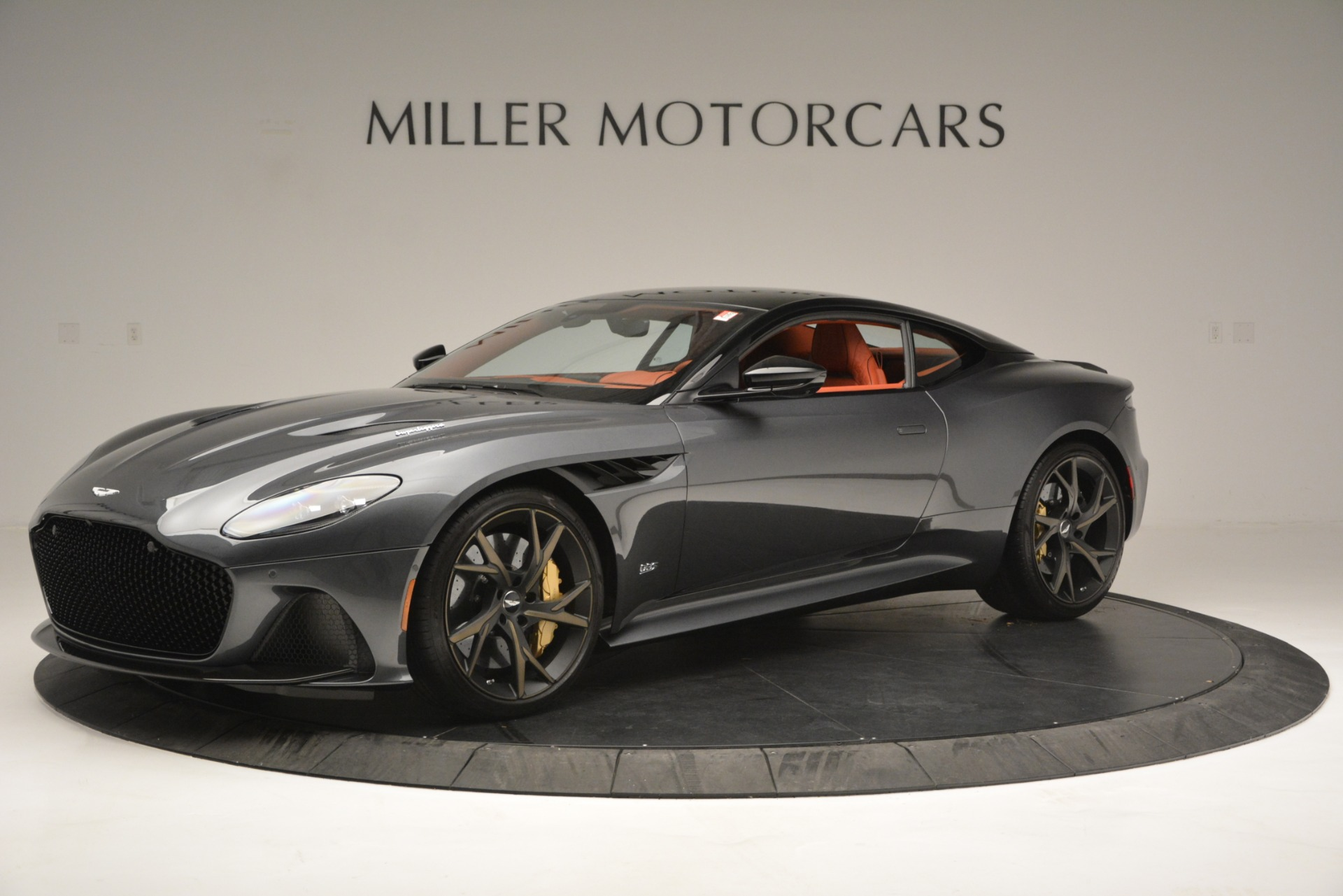 Used 2019 Aston Martin DBS Superleggera Coupe for sale $265,900 at McLaren Greenwich in Greenwich CT 06830 1