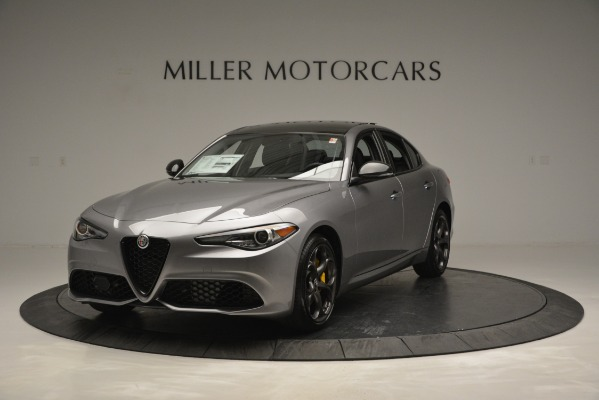 New 2019 Alfa Romeo Giulia Sport Q4 for sale Sold at McLaren Greenwich in Greenwich CT 06830 1