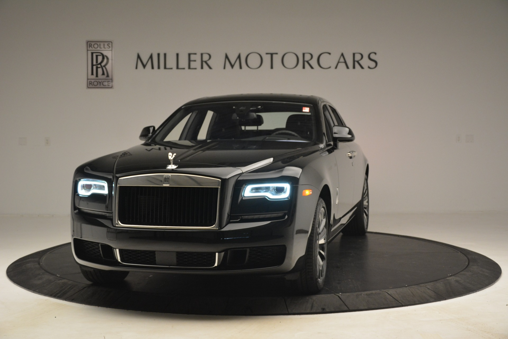 New 2019 Rolls-Royce Ghost for sale $362,950 at McLaren Greenwich in Greenwich CT 06830 1
