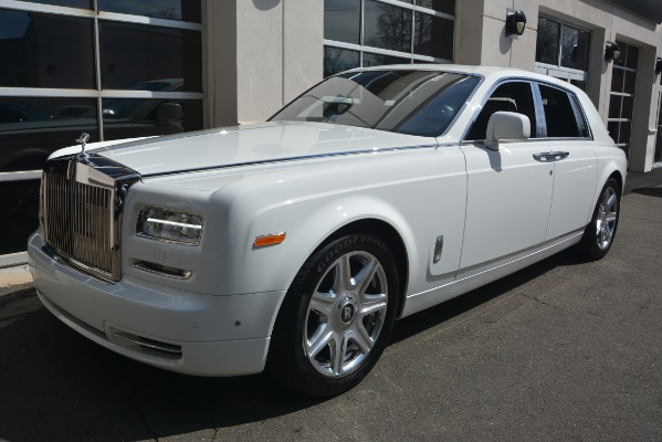 Used 2014 Rolls-Royce Phantom for sale Sold at McLaren Greenwich in Greenwich CT 06830 2