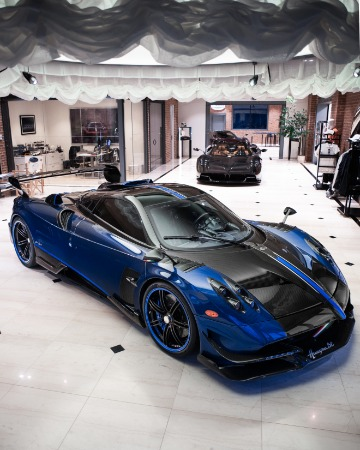 Used 2017 Pagani Huayra BC Macchina Volante for sale Call for price at McLaren Greenwich in Greenwich CT 06830 4