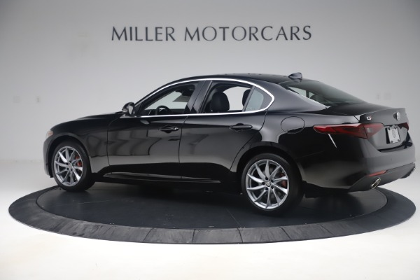 New 2019 Alfa Romeo Giulia Q4 for sale $46,140 at McLaren Greenwich in Greenwich CT 06830 4