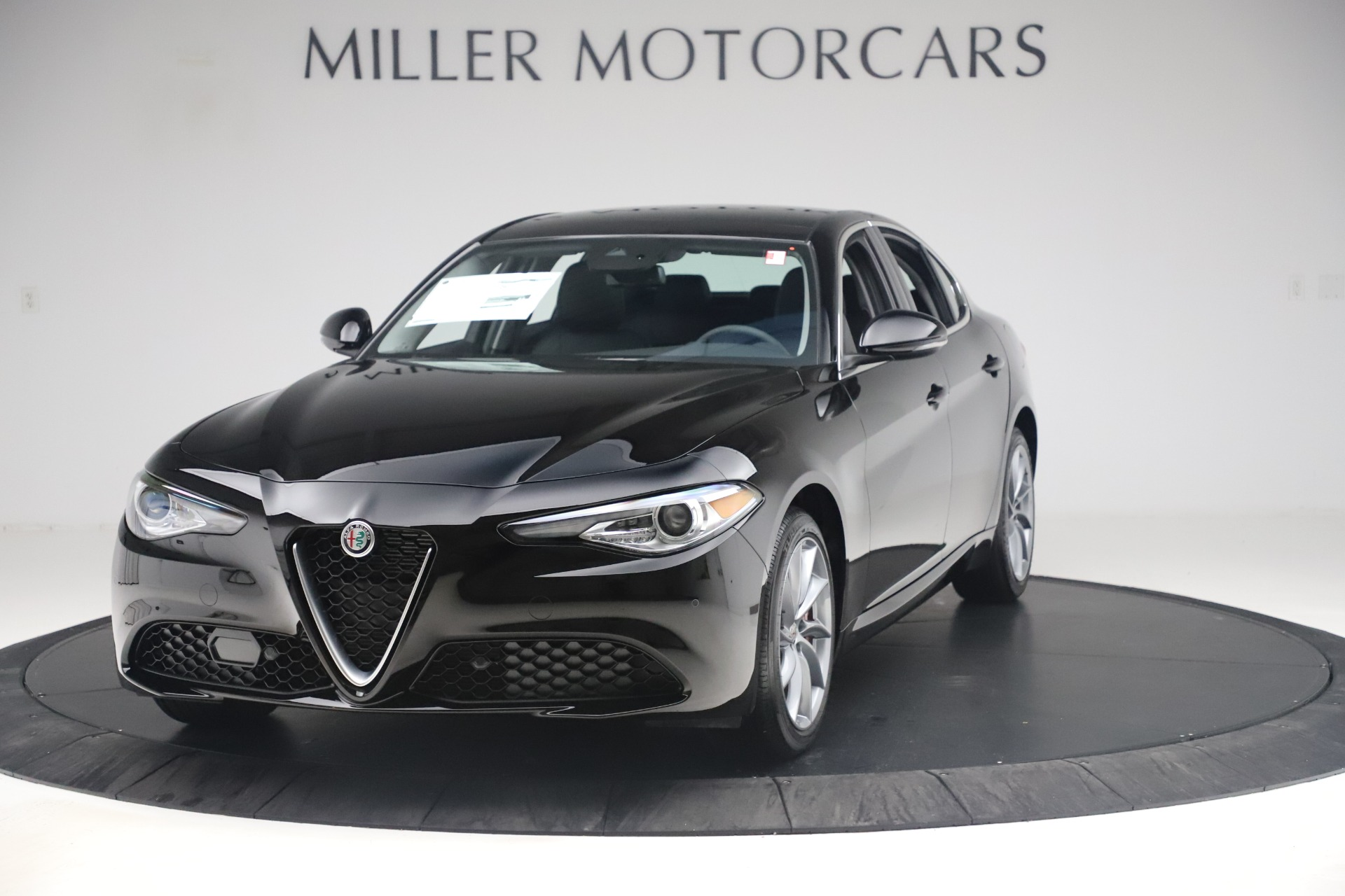 New 2019 Alfa Romeo Giulia Q4 for sale $46,140 at McLaren Greenwich in Greenwich CT 06830 1