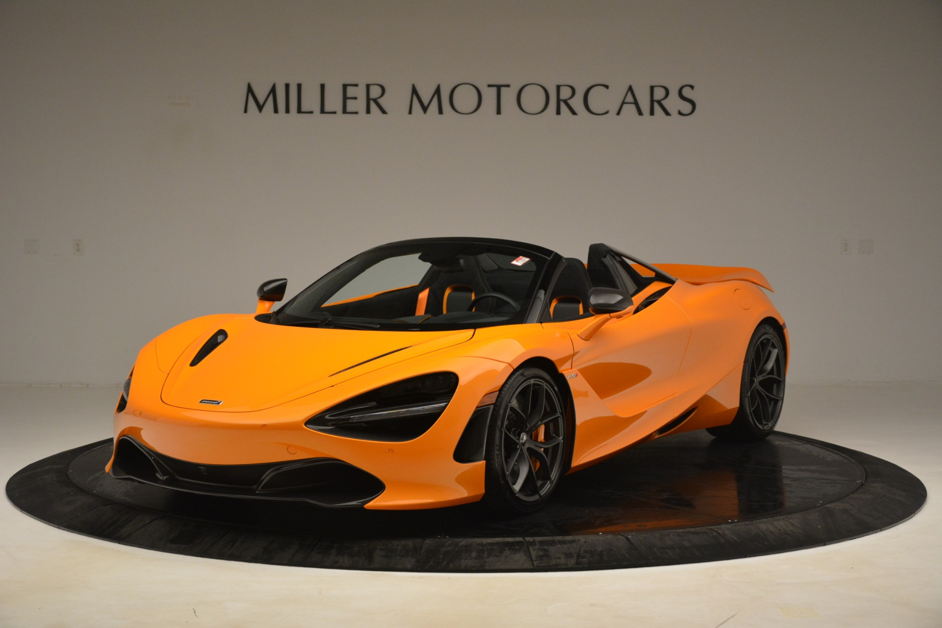 New 2020 McLaren 720S SPIDER Convertible for sale $407,450 at McLaren Greenwich in Greenwich CT 06830 1