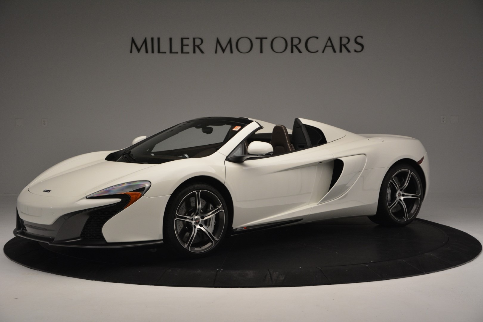 Used 2015 McLaren 650S Convertible for sale Sold at McLaren Greenwich in Greenwich CT 06830 1