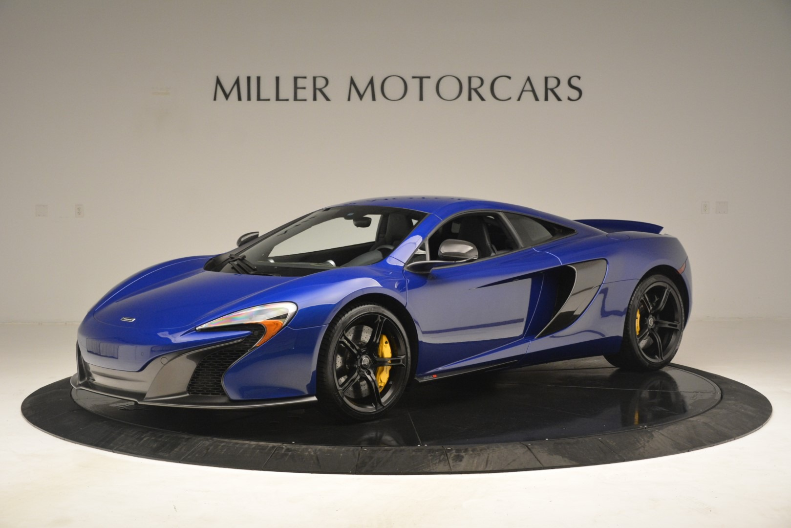 Used 2015 McLaren 650S Coupe for sale $139,900 at McLaren Greenwich in Greenwich CT 06830 1