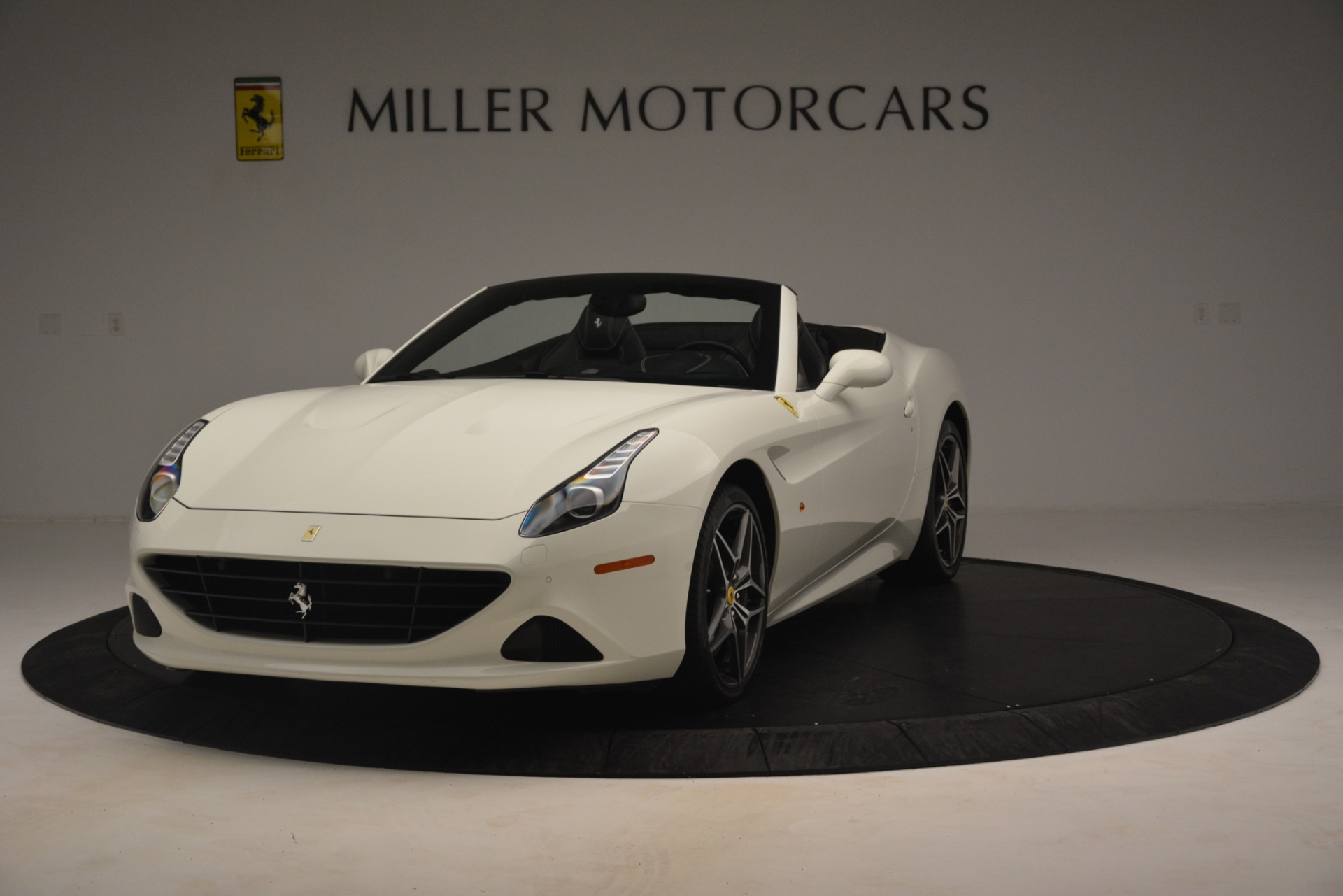 Used 2016 Ferrari California T for sale $145,900 at McLaren Greenwich in Greenwich CT 06830 1