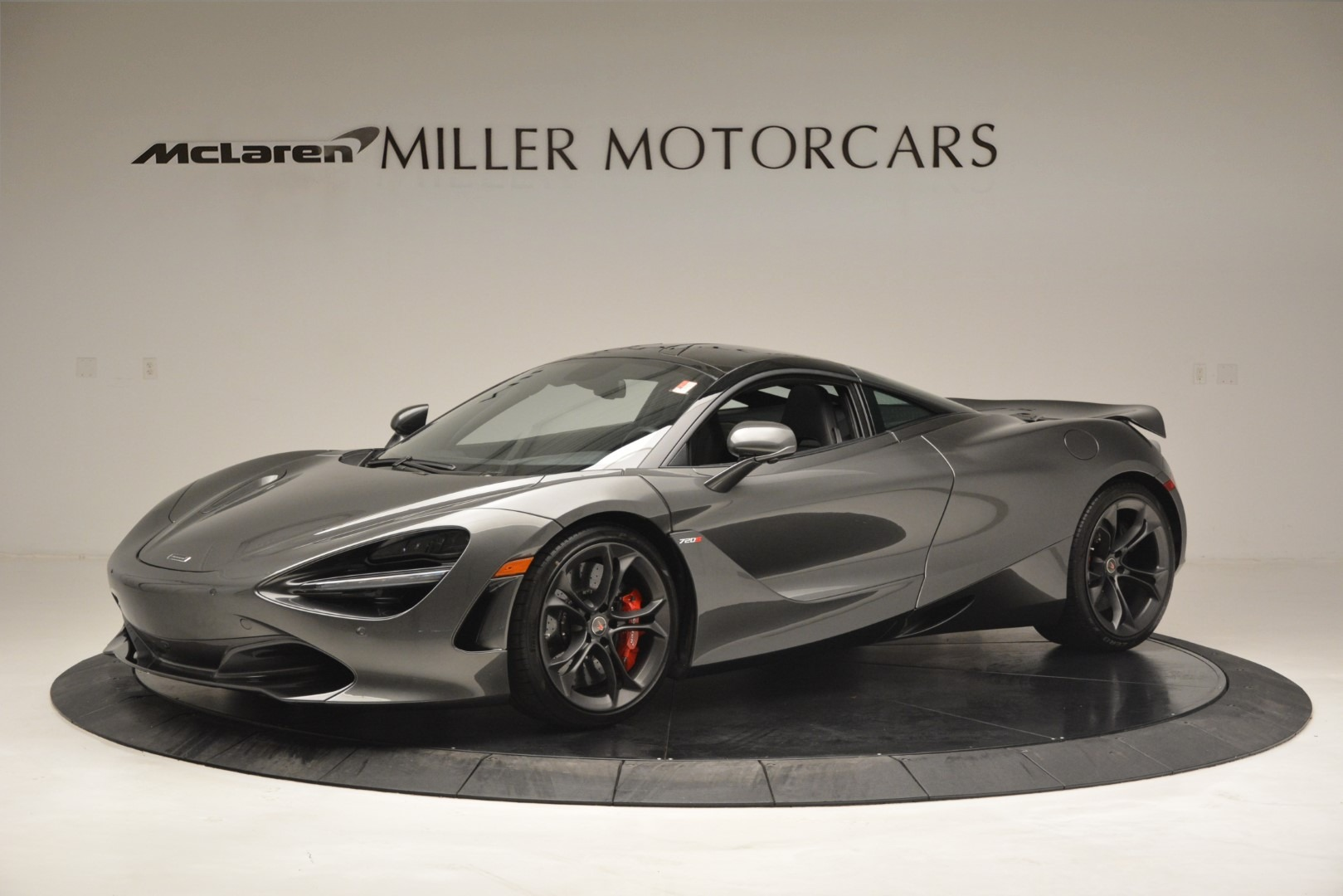 Used 2018 McLaren 720S for sale $269,900 at McLaren Greenwich in Greenwich CT 06830 1