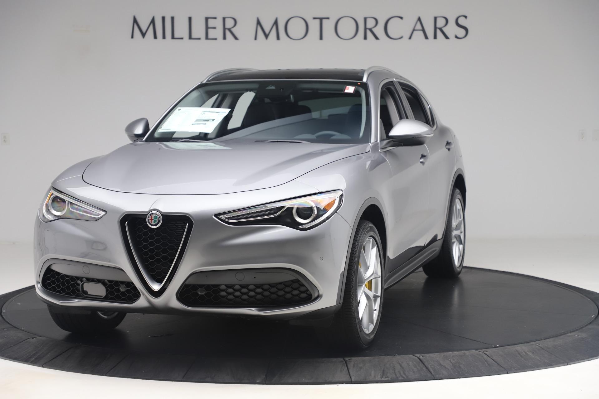 New 2019 Alfa Romeo Stelvio Ti Lusso Q4 for sale $56,390 at McLaren Greenwich in Greenwich CT 06830 1