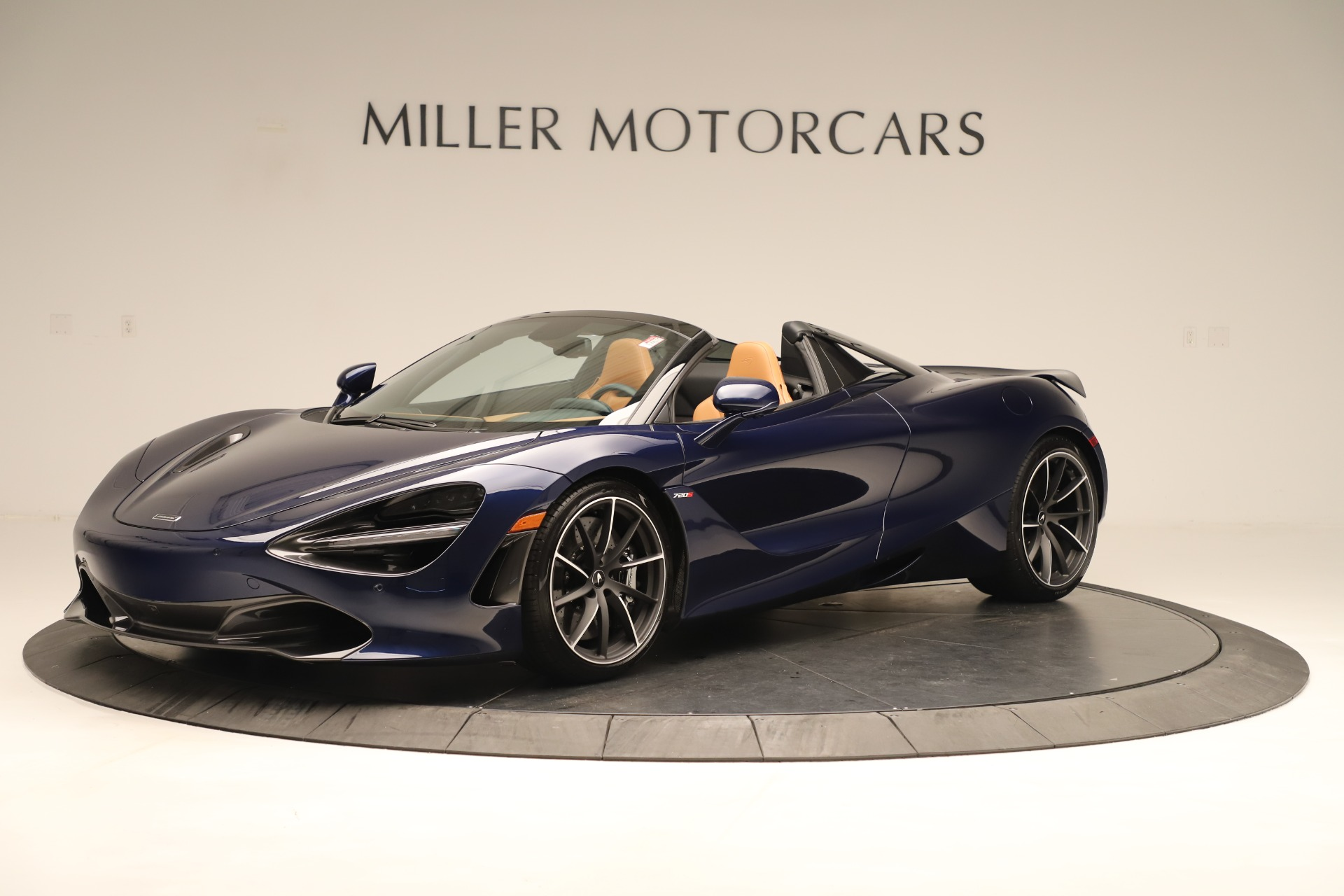 New 2020 McLaren 720S Spider Convertible for sale $372,250 at McLaren Greenwich in Greenwich CT 06830 1