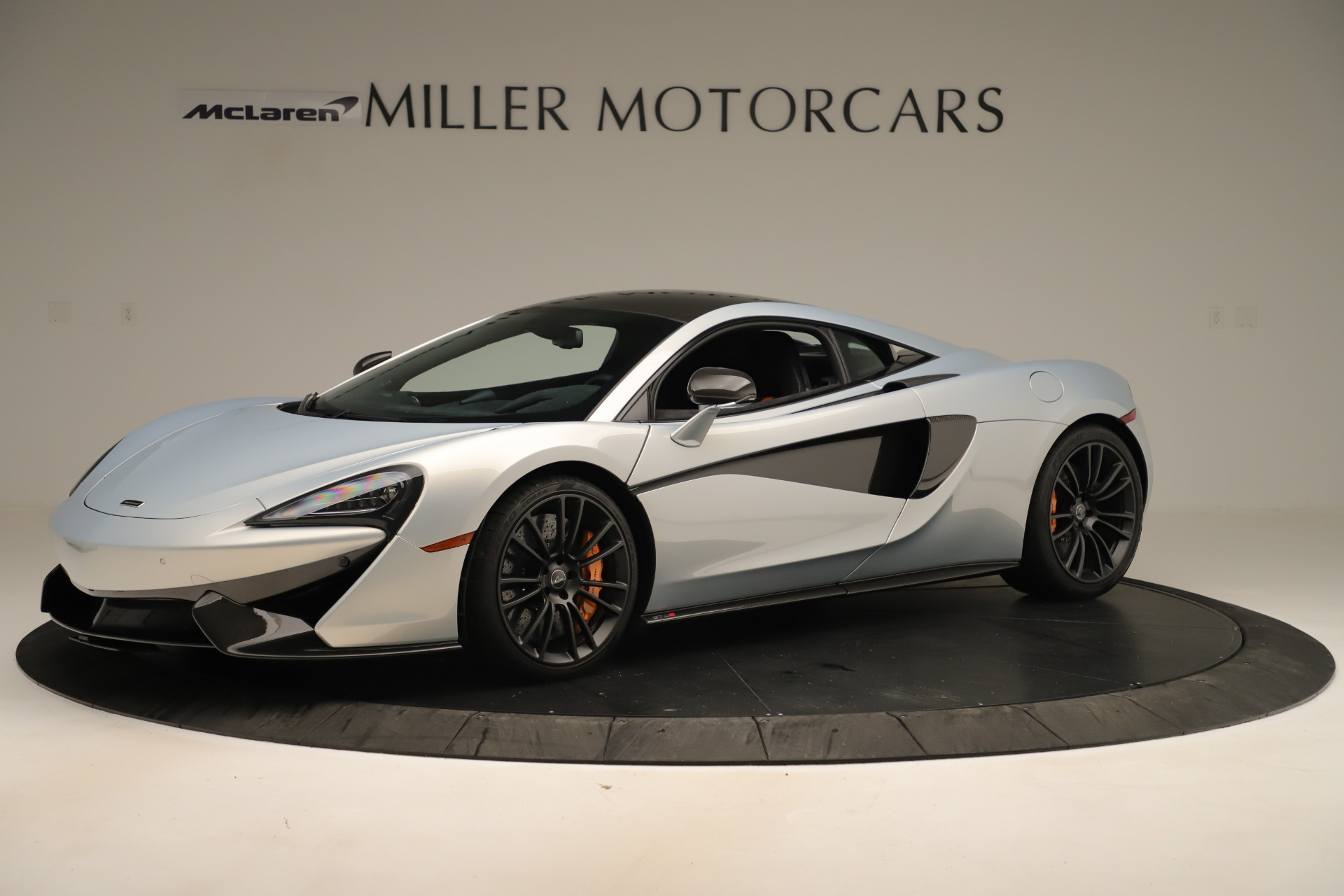 Used 2016 McLaren 570S Coupe for sale $151,900 at McLaren Greenwich in Greenwich CT 06830 1