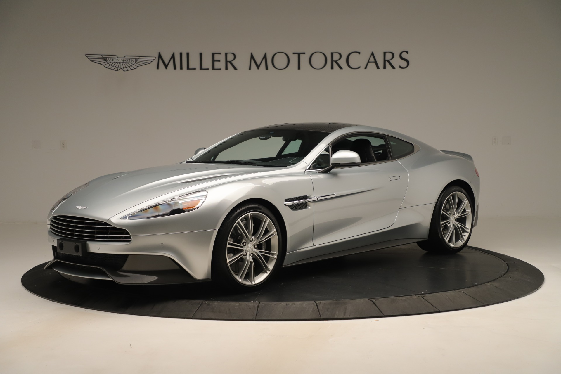 Used 2014 Aston Martin Vanquish Coupe for sale $116,900 at McLaren Greenwich in Greenwich CT 06830 1
