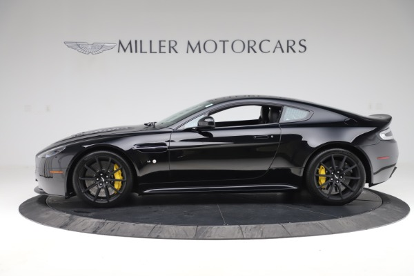 Used 2015 Aston Martin V12 Vantage S Coupe for sale $104,900 at McLaren Greenwich in Greenwich CT 06830 3