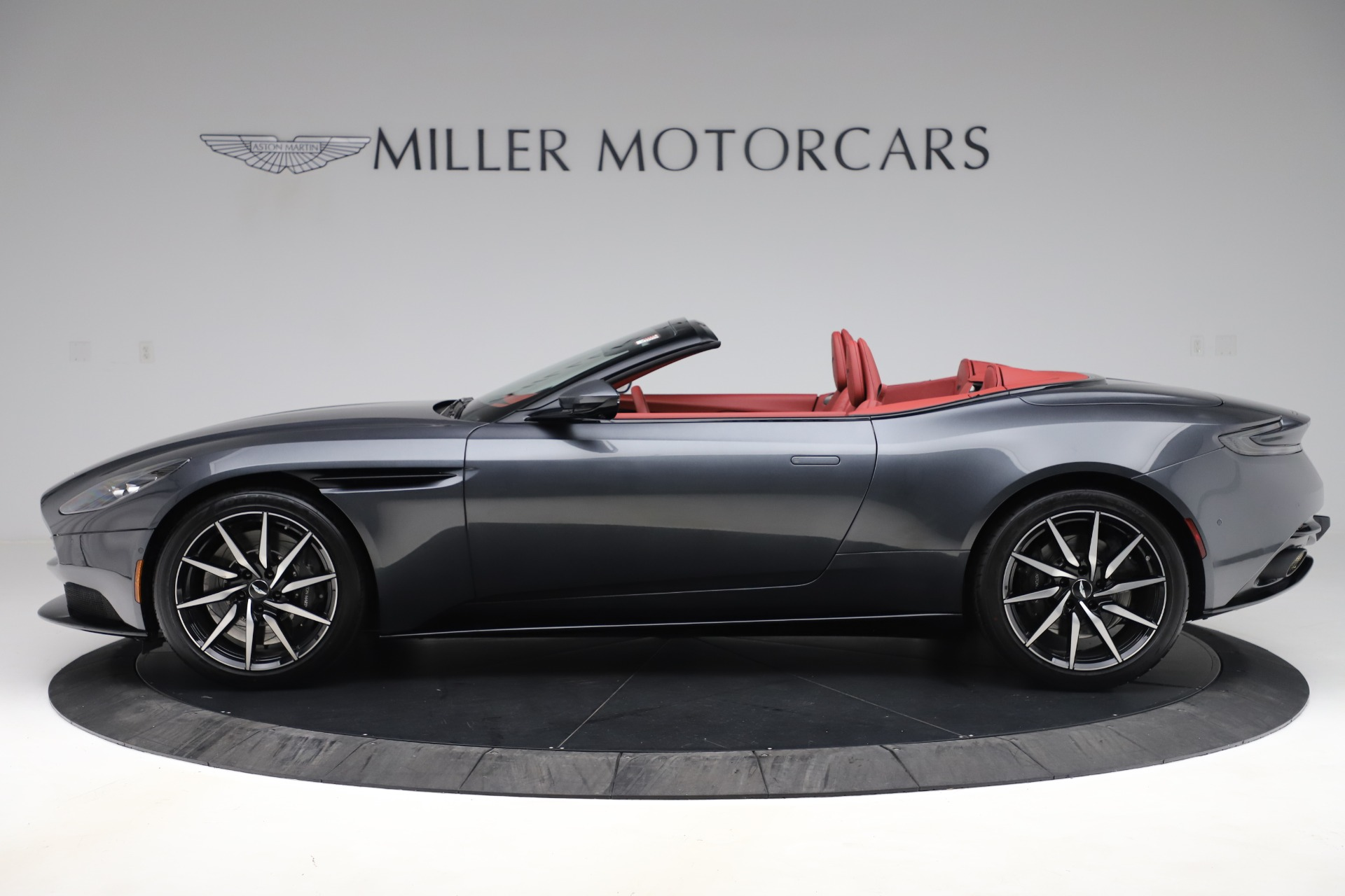 Pre Owned 2020 Aston Martin Db11 Volante Convertible For Sale Special Pricing Mclaren Greenwich Stock A1424b