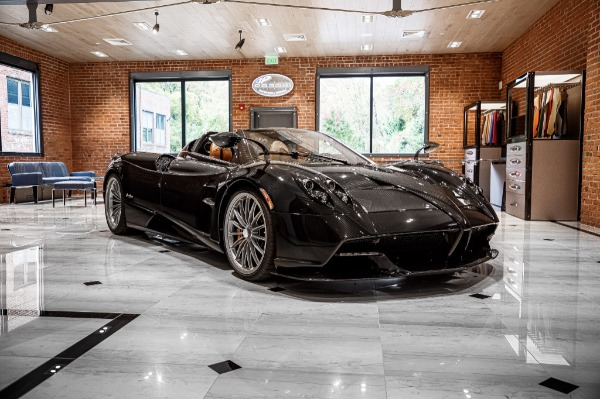 Used 2017 Pagani Huayra Roadster Roadster for sale Call for price at McLaren Greenwich in Greenwich CT 06830 3