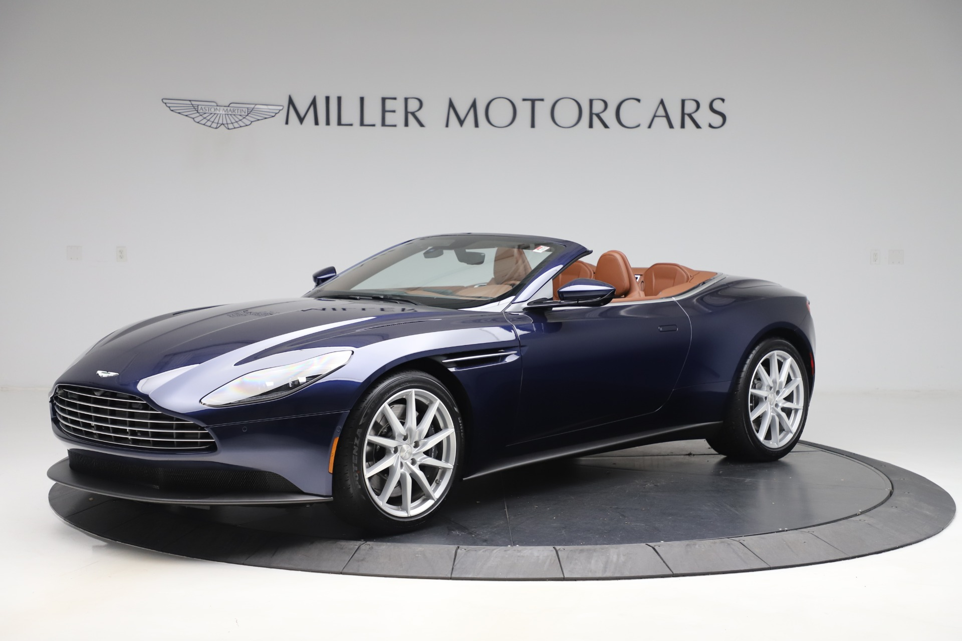 New 2020 Aston Martin Db11 Volante Convertible For Sale 242 036 Mclaren Greenwich Stock A1425