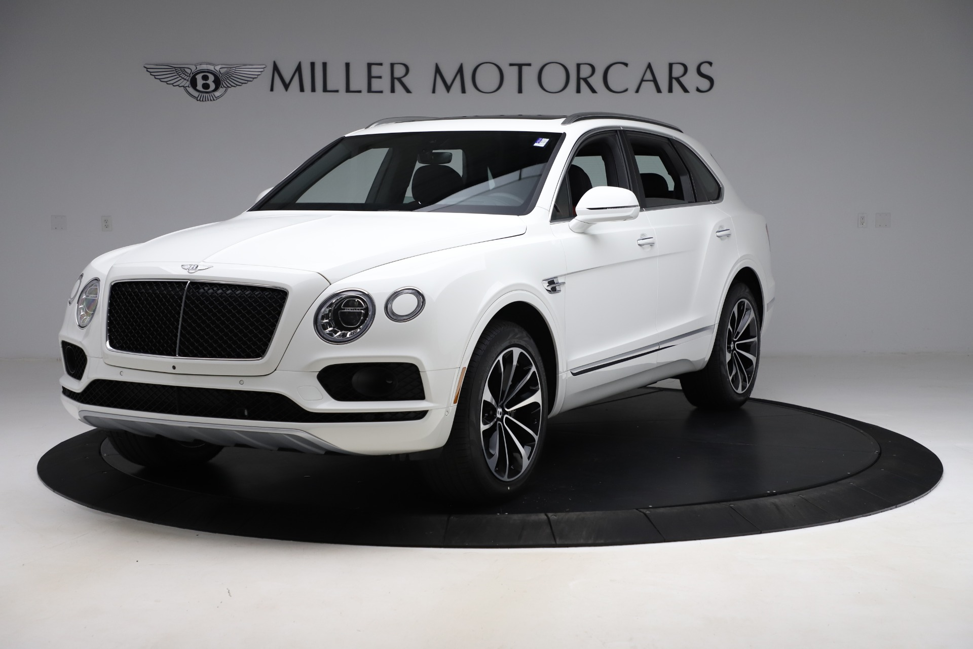 New 2020 Bentley Bentayga V8 for sale $202,735 at McLaren Greenwich in Greenwich CT 06830 1