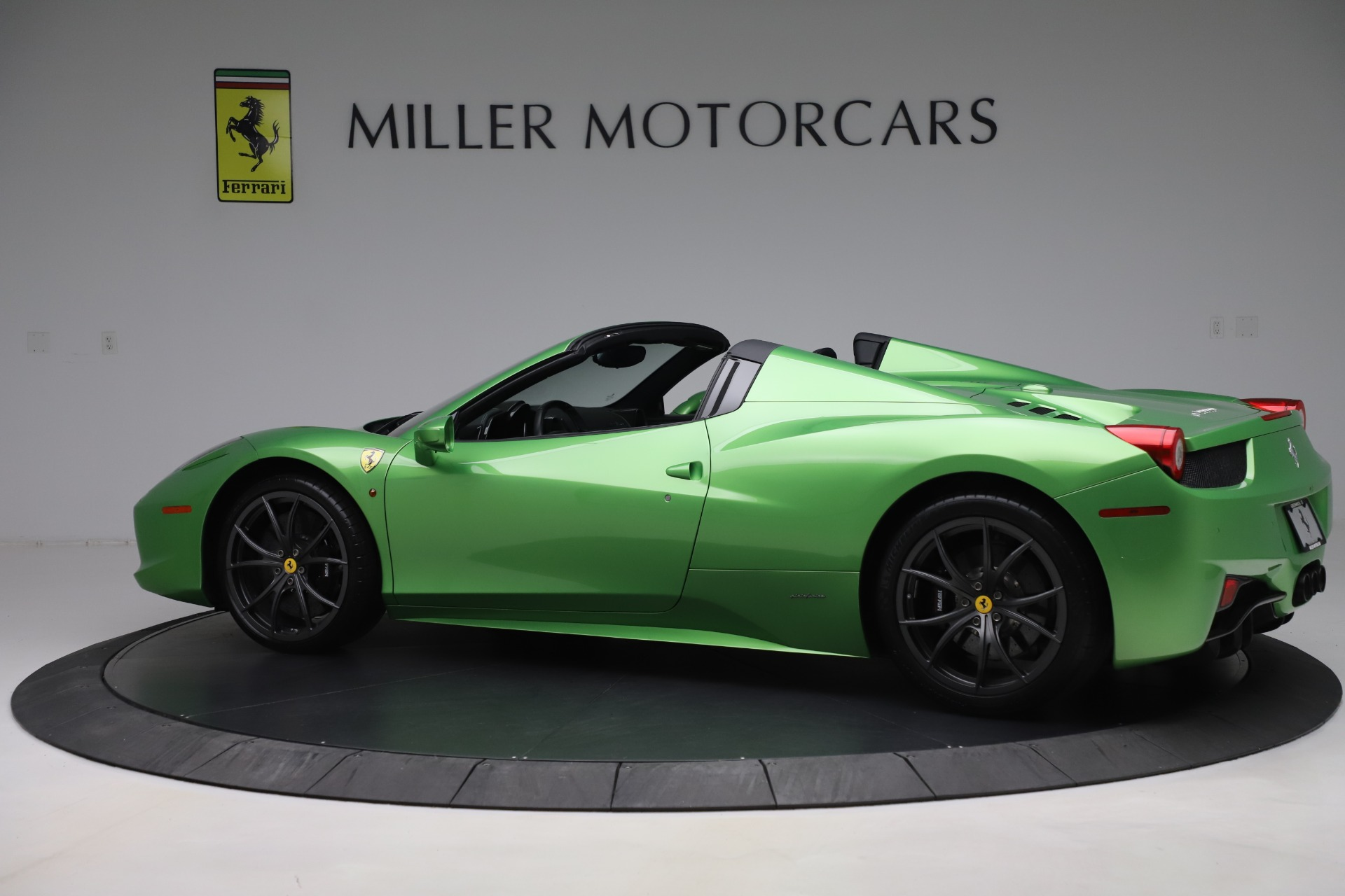 Pre Owned 2015 Ferrari 458 Spider For Sale Special Pricing Mclaren Greenwich Stock 4613