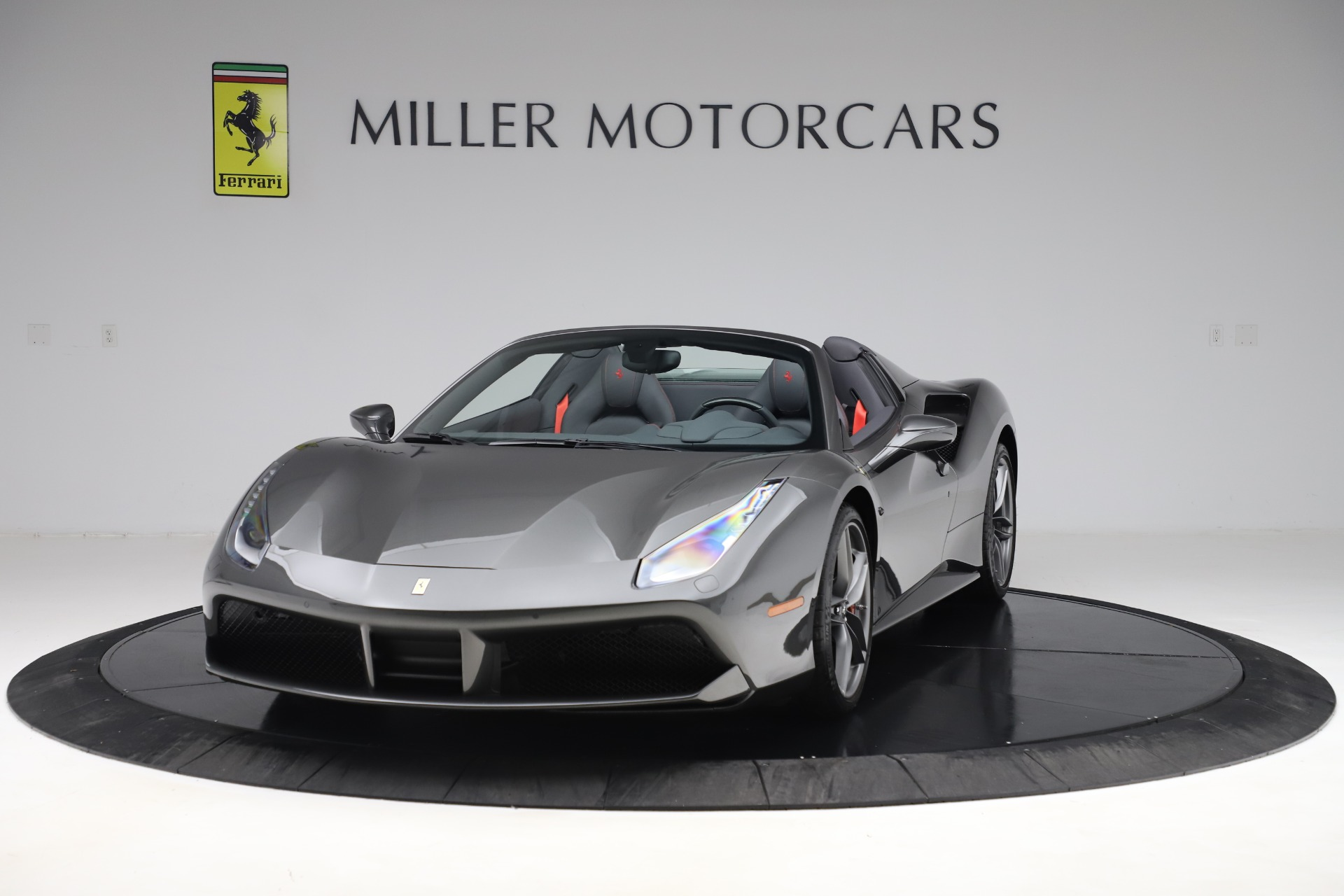 Used 2018 Ferrari 488 Spider for sale $283,900 at McLaren Greenwich in Greenwich CT 06830 1