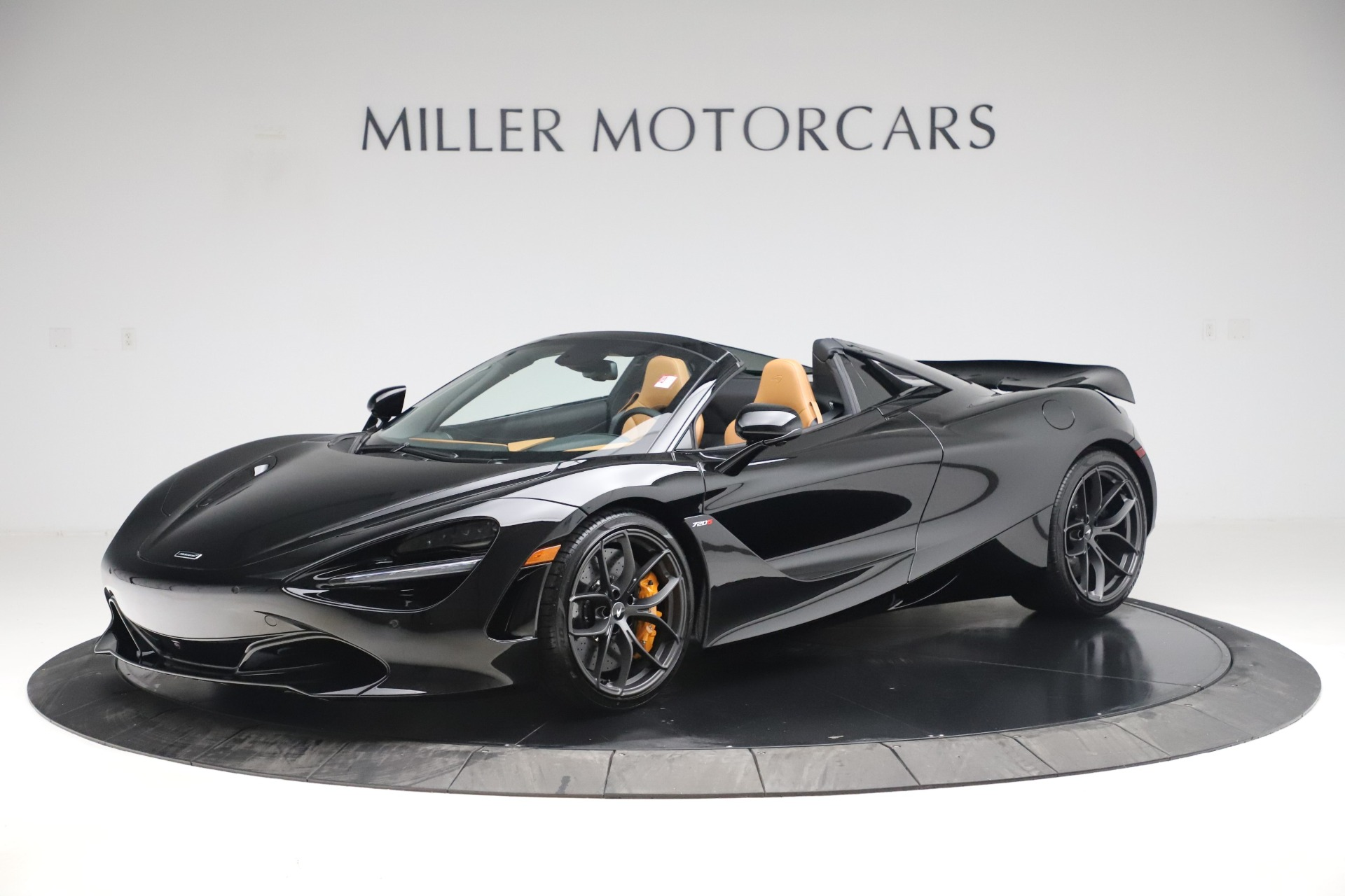 New 2020 McLaren 720S Spider Convertible for sale $372,060 at McLaren Greenwich in Greenwich CT 06830 1