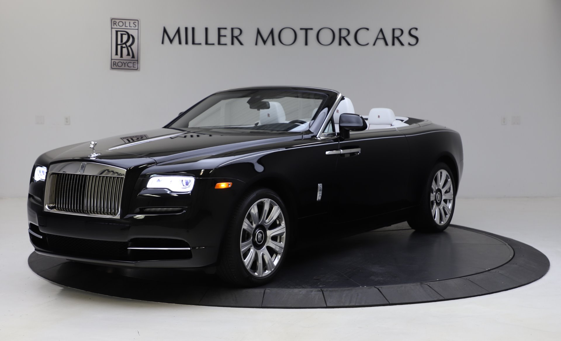 Used 2016 Rolls-Royce Dawn for sale $239,900 at McLaren Greenwich in Greenwich CT 06830 1