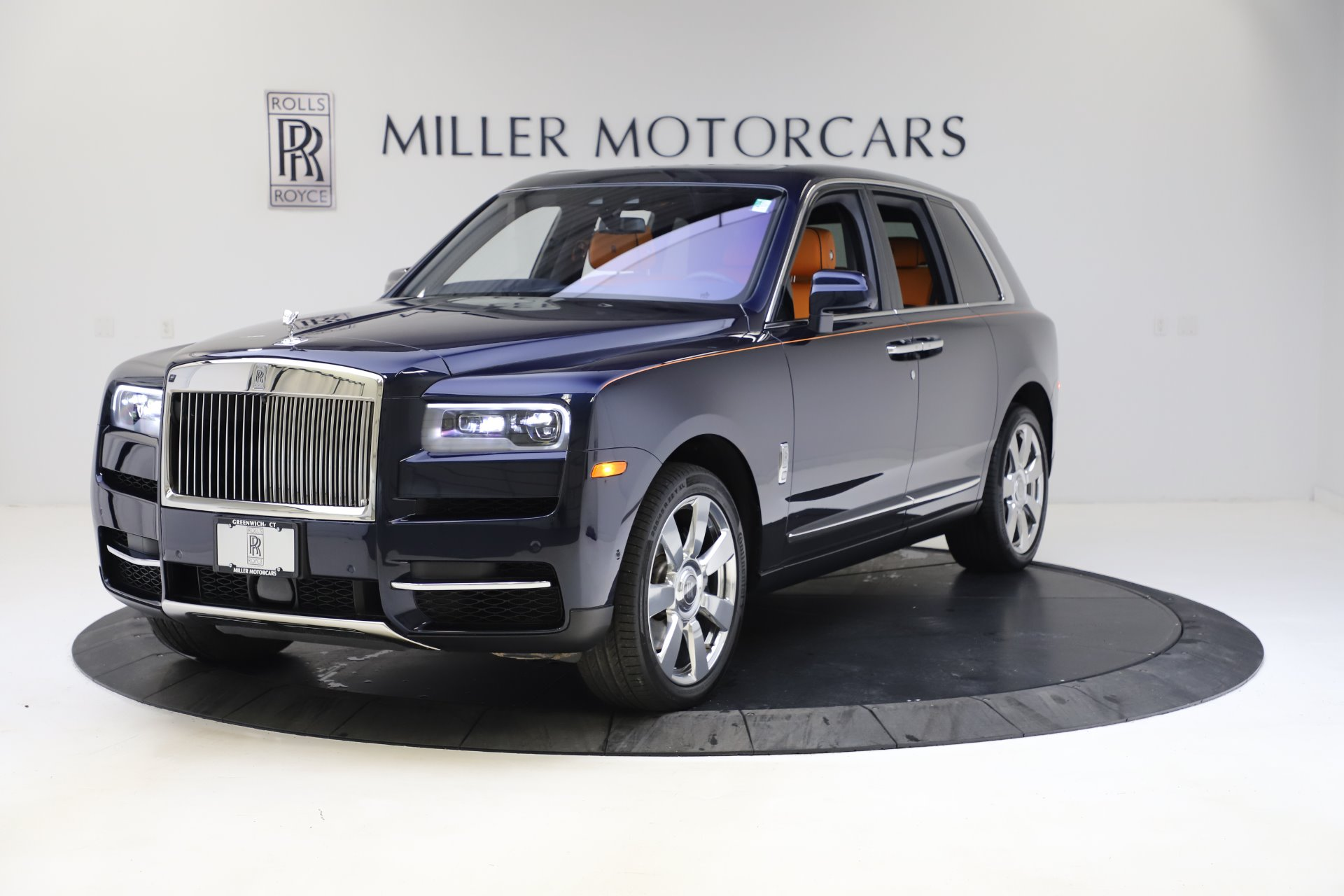 Used 2019 Rolls-Royce Cullinan for sale $329,900 at McLaren Greenwich in Greenwich CT 06830 1