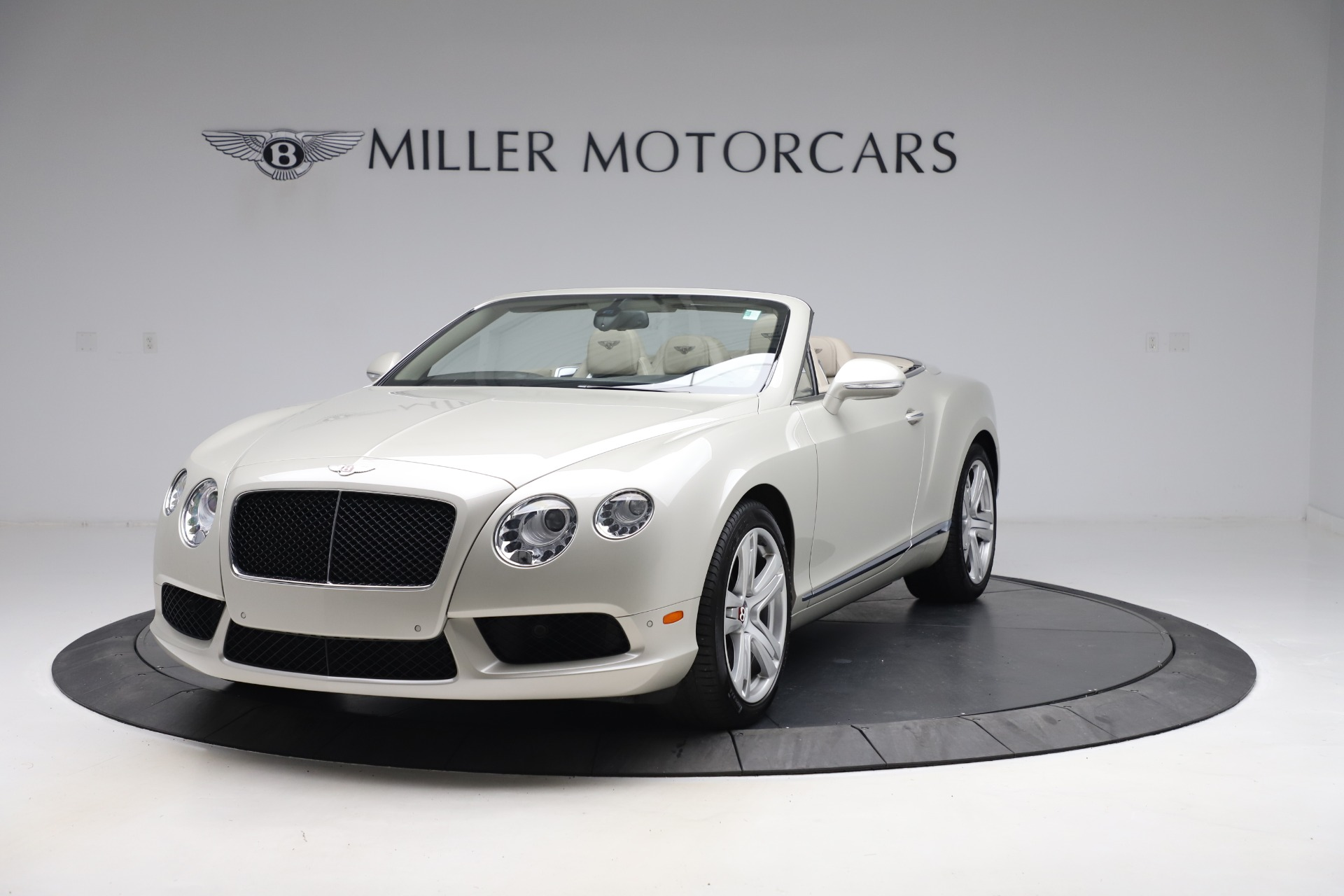 Used 2015 Bentley Continental GTC V8 for sale $114,900 at McLaren Greenwich in Greenwich CT 06830 1