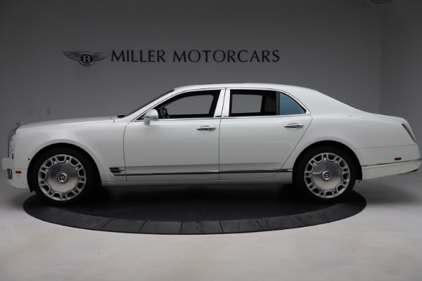 Used 2016 Bentley Mulsanne for sale $157,900 at McLaren Greenwich in Greenwich CT 06830 3