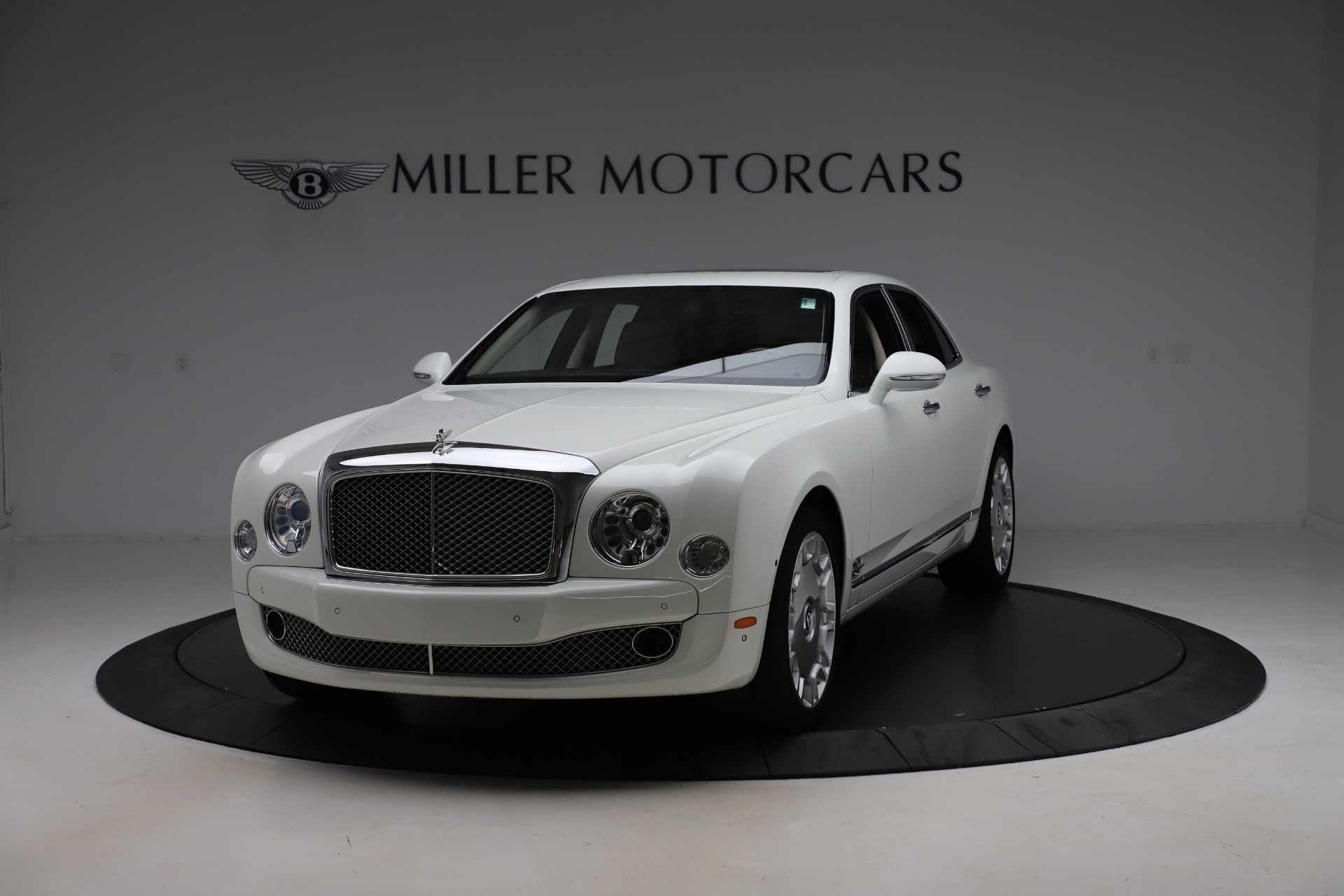 Used 2016 Bentley Mulsanne for sale $157,900 at McLaren Greenwich in Greenwich CT 06830 1