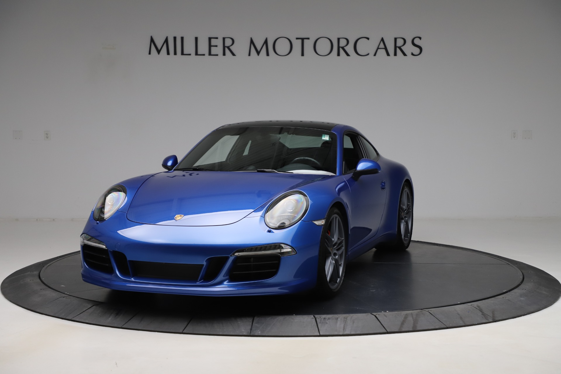 Used 2014 Porsche 911 Carrera S for sale Sold at McLaren Greenwich in Greenwich CT 06830 1