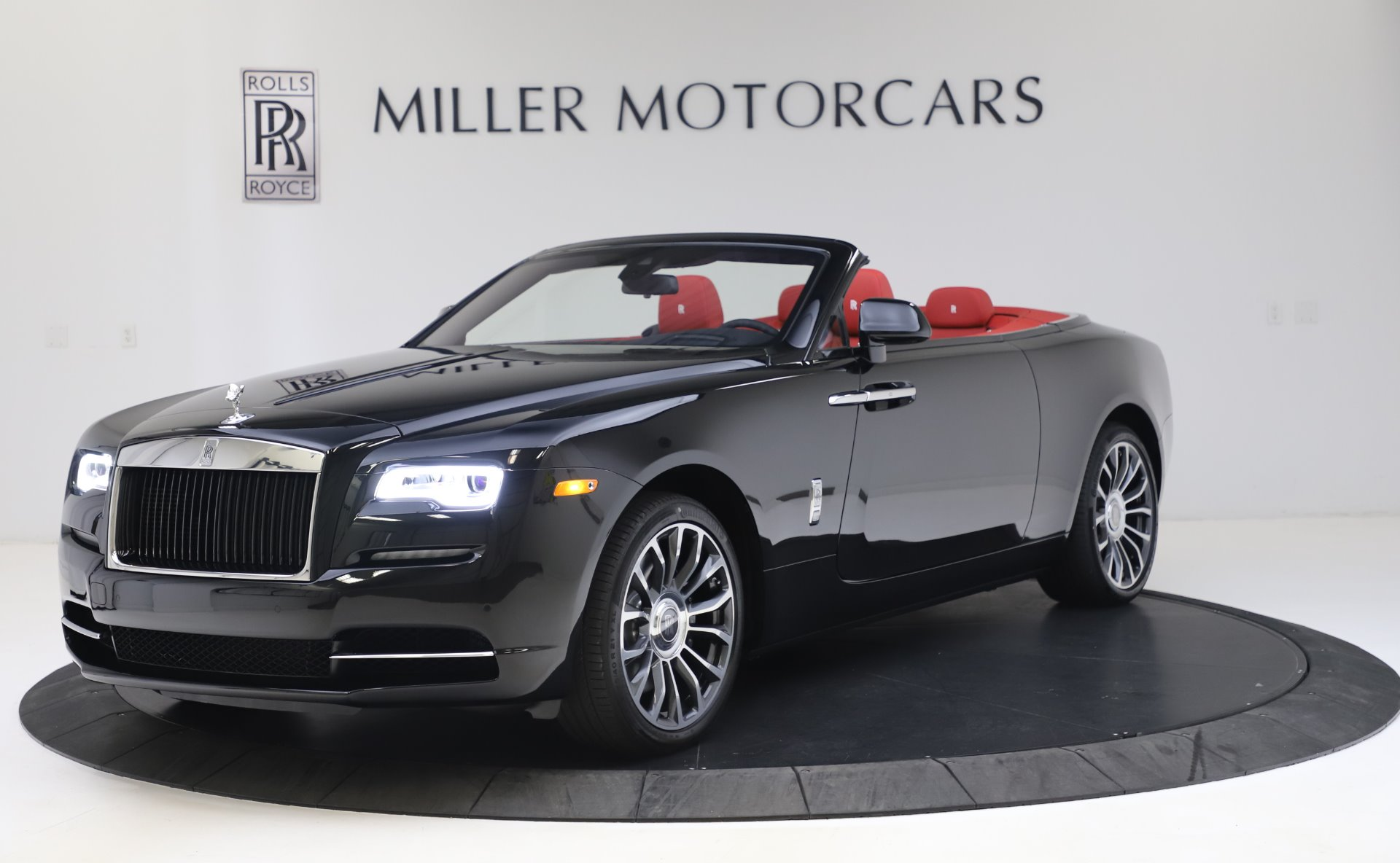 New 2020 Rolls-Royce Dawn for sale $393,050 at McLaren Greenwich in Greenwich CT 06830 1