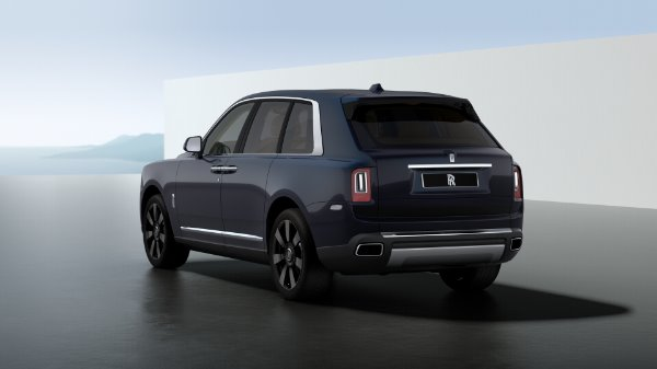 New 2020 Rolls-Royce Cullinan for sale $391,700 at McLaren Greenwich in Greenwich CT 06830 4