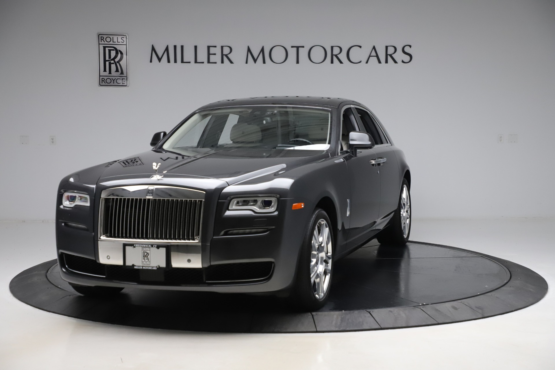 Used 2016 Rolls-Royce Ghost for sale $179,900 at McLaren Greenwich in Greenwich CT 06830 1