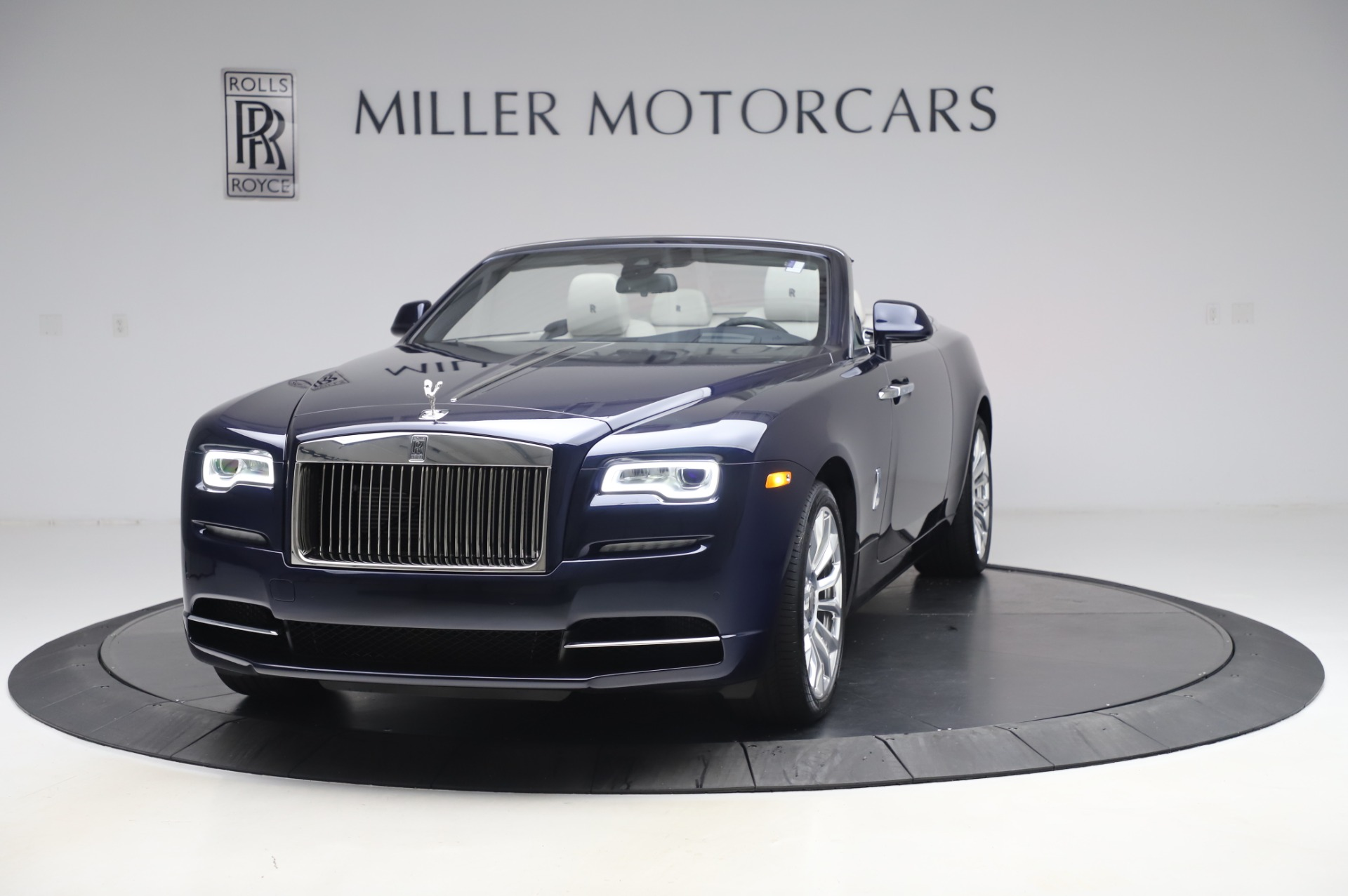 Used 2020 Rolls-Royce Dawn for sale $399,900 at McLaren Greenwich in Greenwich CT 06830 1