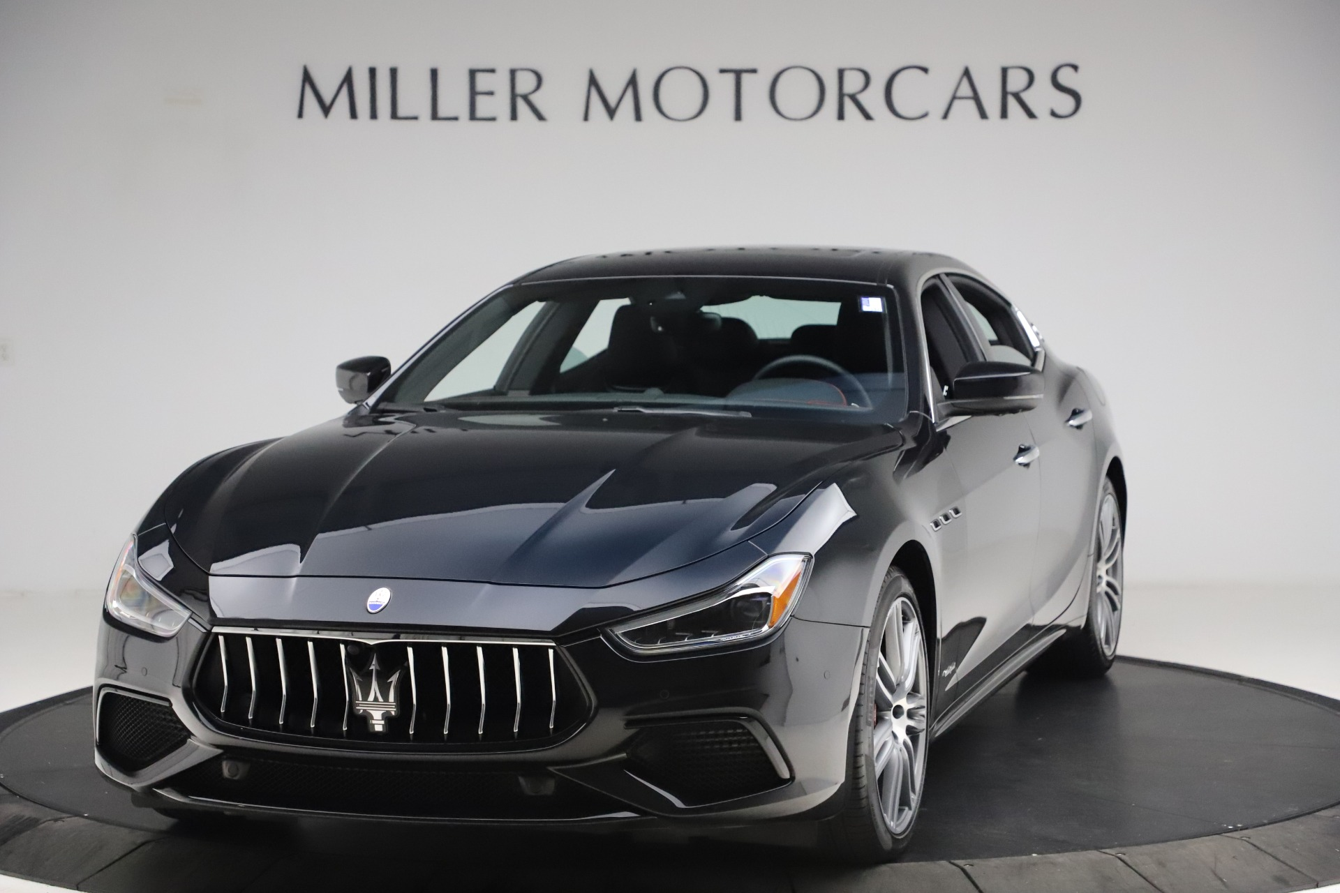 New 2020 Maserati Ghibli S Q4 GranSport for sale $70,331 at McLaren Greenwich in Greenwich CT 06830 1