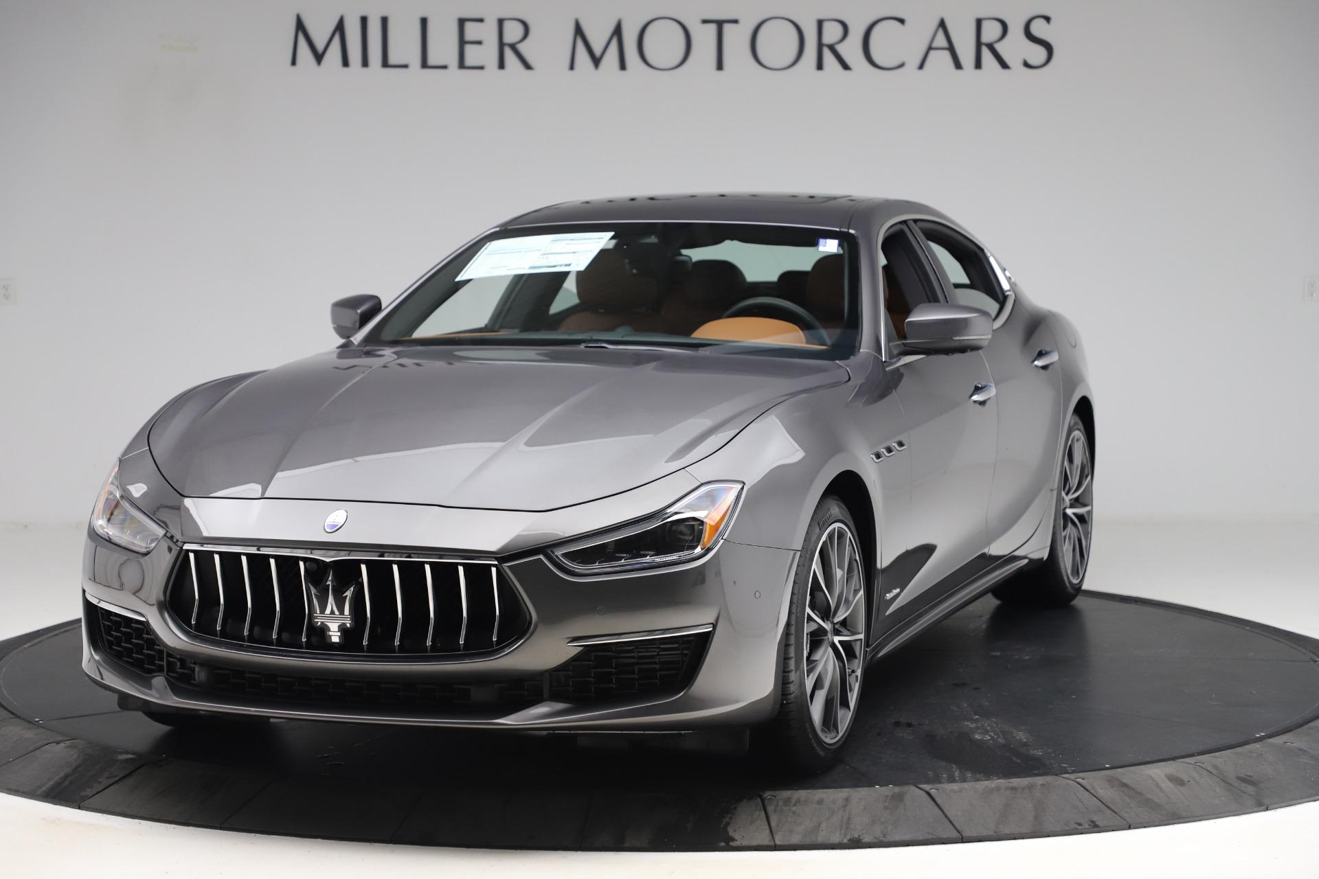 New 2019 Maserati Ghibli S Q4 GranLusso for sale $98,095 at McLaren Greenwich in Greenwich CT 06830 1