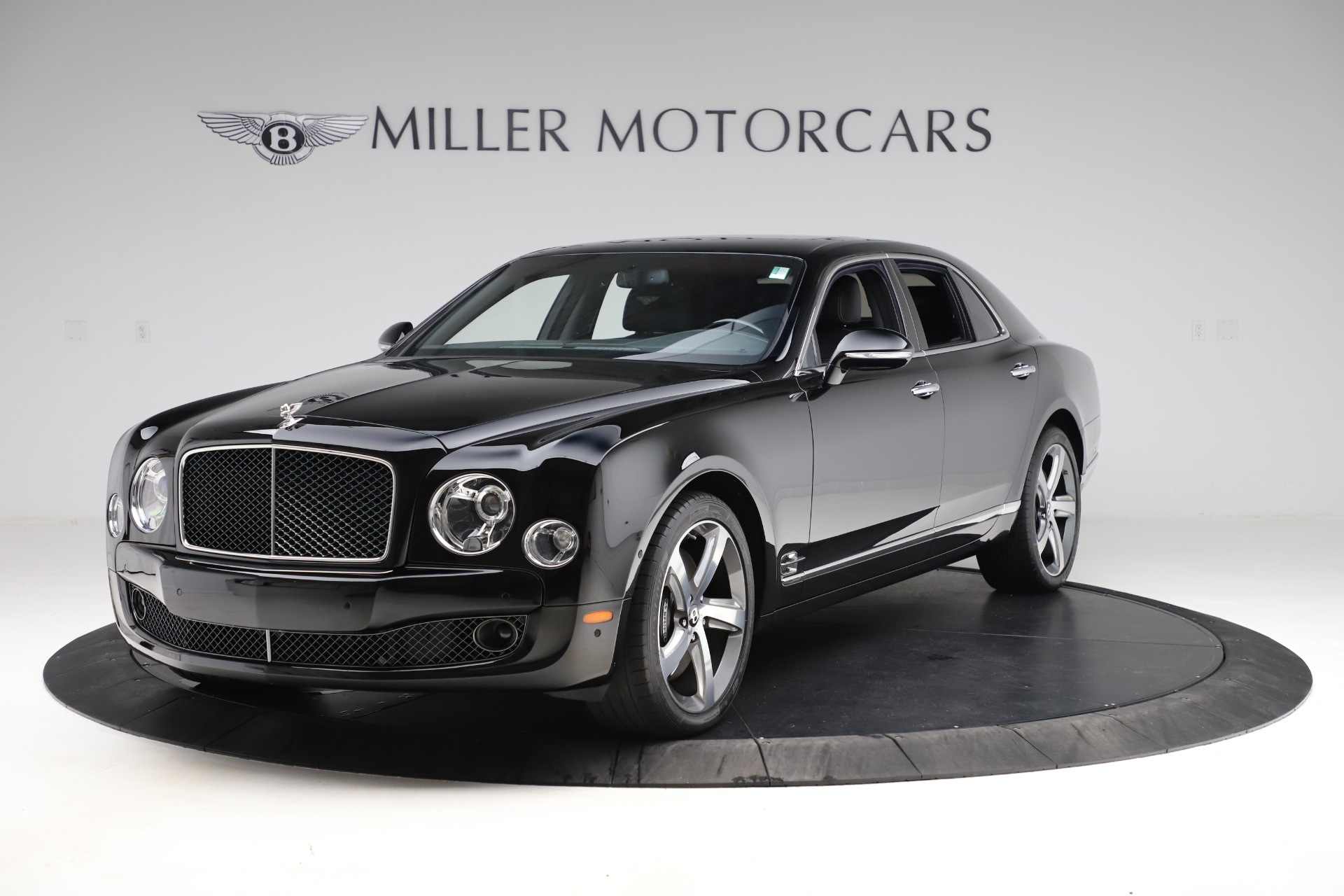 Used 2016 Bentley Mulsanne Speed for sale $159,900 at McLaren Greenwich in Greenwich CT 06830 1