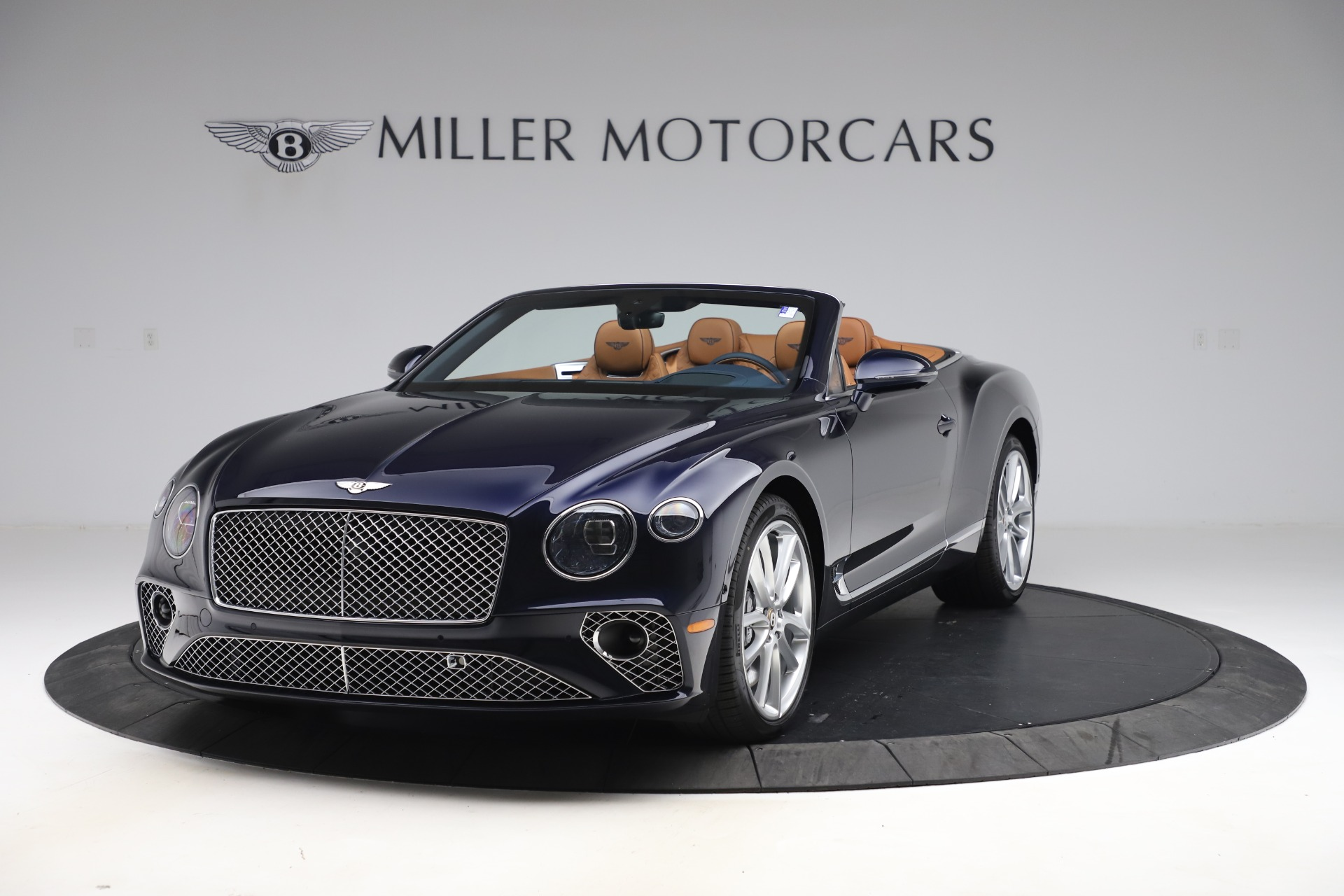New 2020 Bentley Continental GTC W12 for sale $292,575 at McLaren Greenwich in Greenwich CT 06830 1