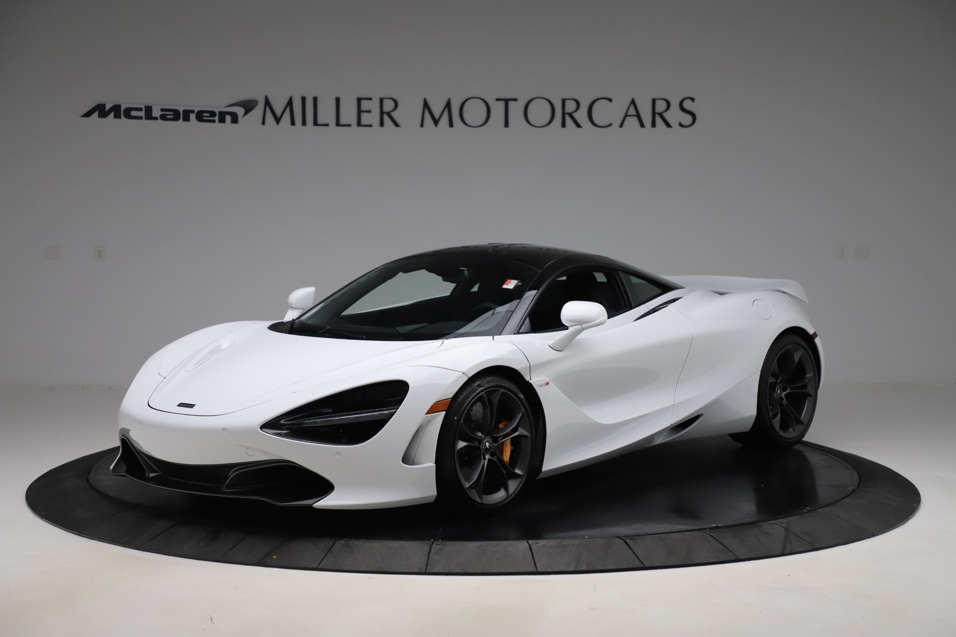New 2020 McLaren 720S Coupe for sale $327,370 at McLaren Greenwich in Greenwich CT 06830 1